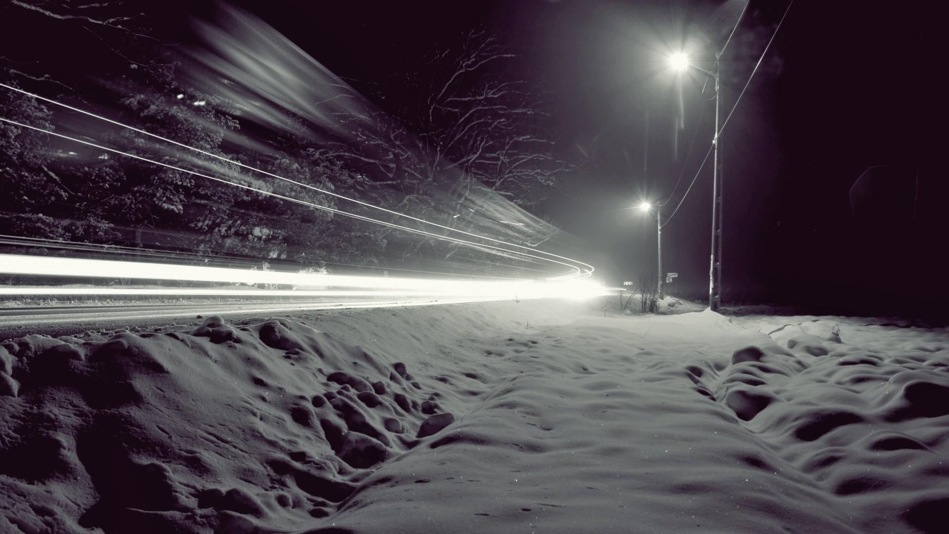 Sunlight Lights Night Snow Winter Long Exposure Ice Traffic Atmosphere Freezing Light Weather Wave Darkness Screenshot