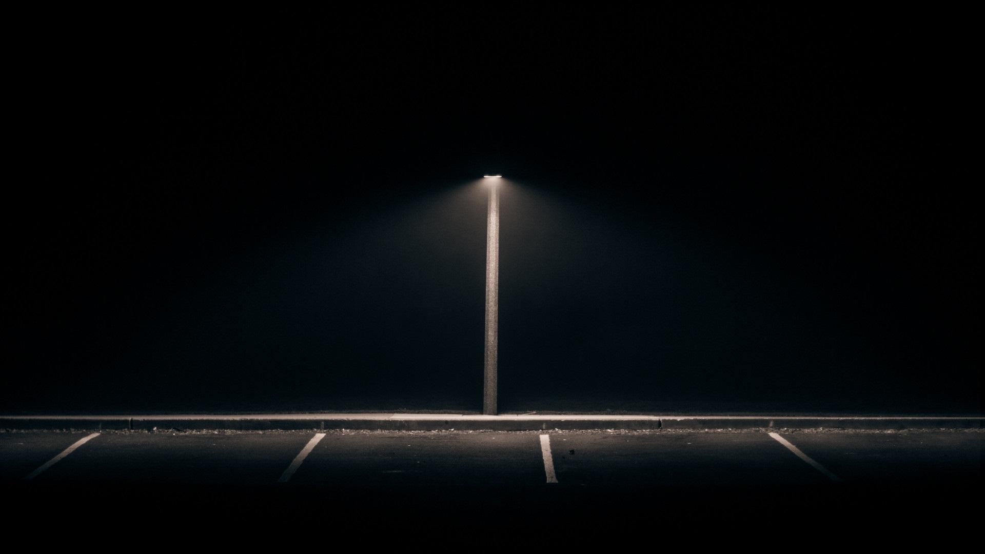 Wallpaper Sunlight Lights Street Light Monochrome Black Background Dark Night Minimalism Abandoned Reflection Photography Symmetry Lamp