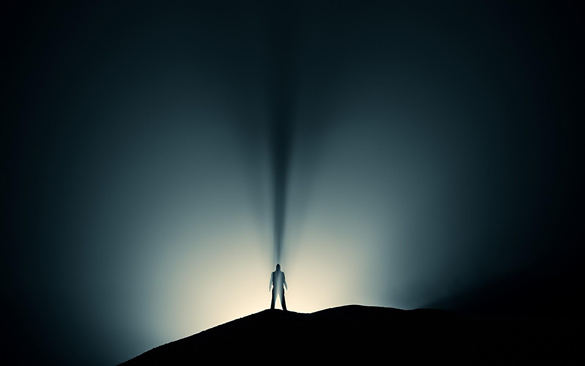 Картинка свет среди тьмы