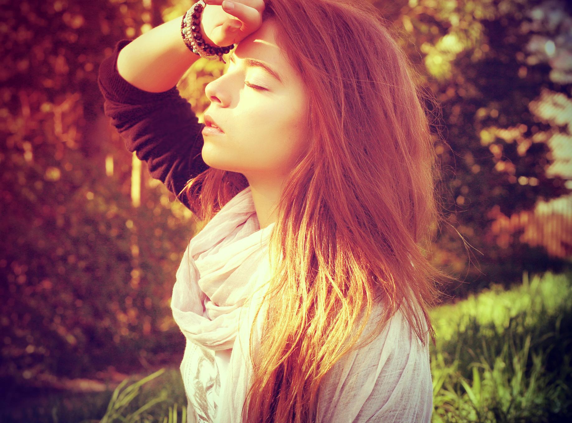 Картинки красивые девушки с коричневыми волосами