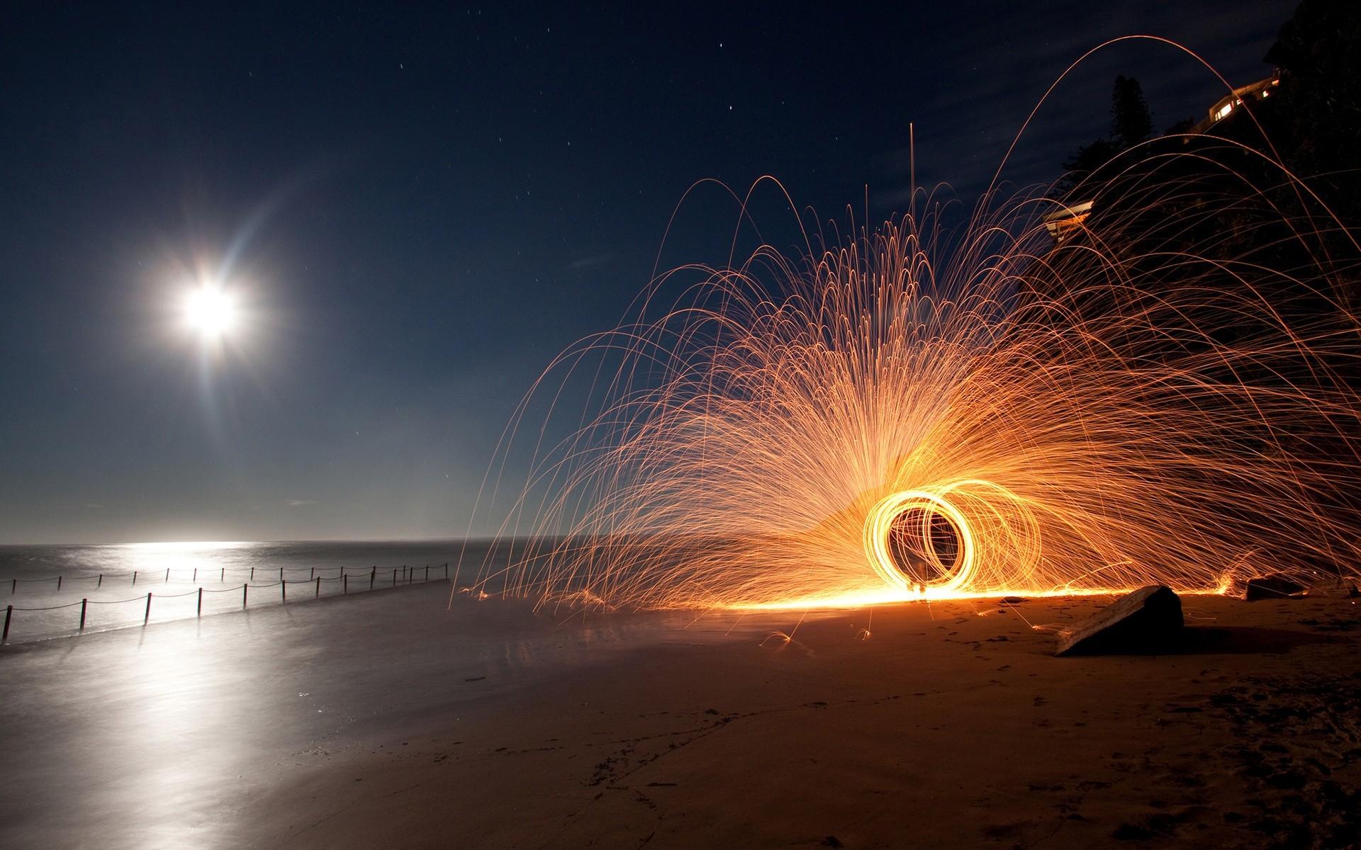 картинки моря и огней