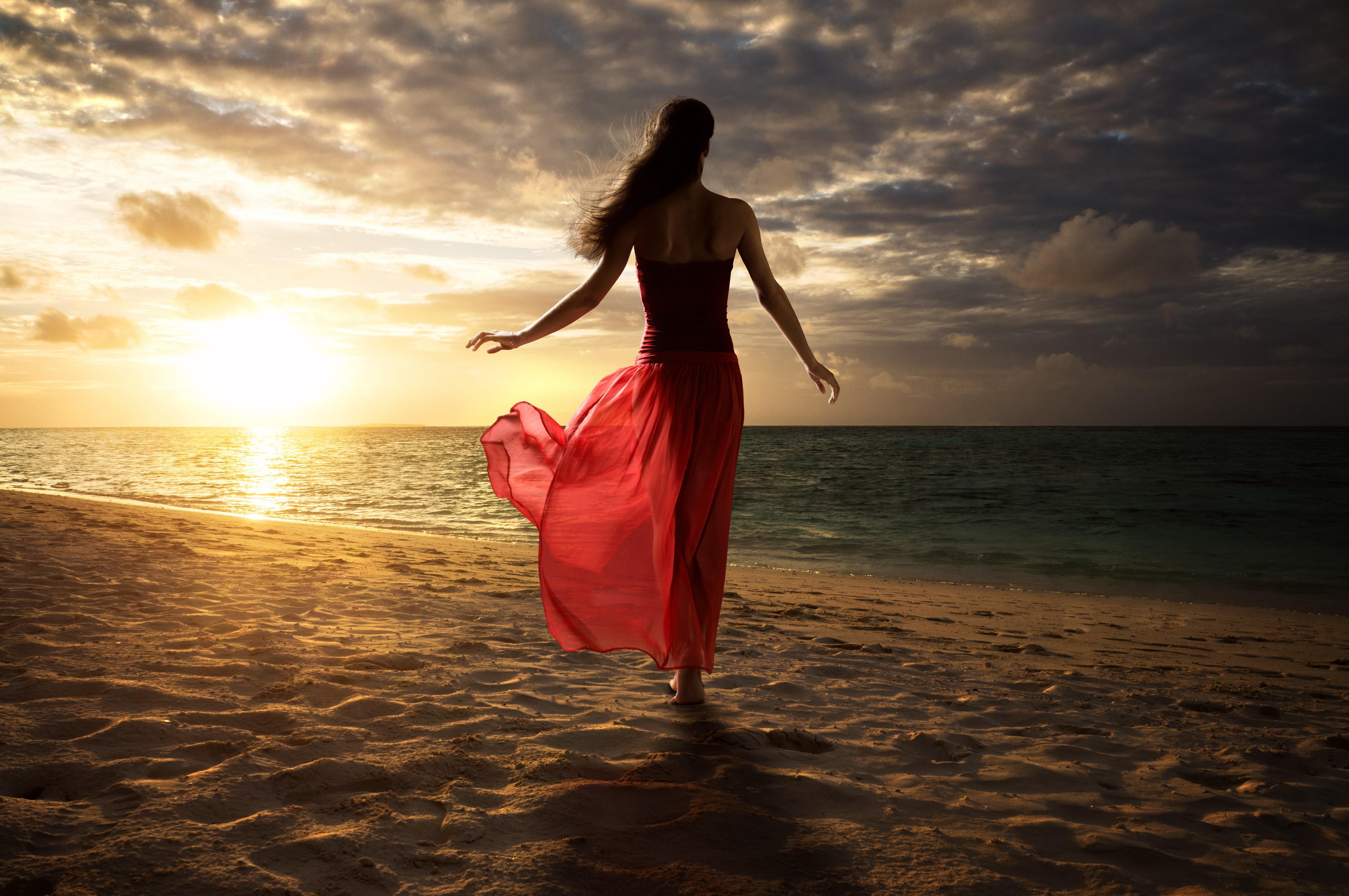 фото женщин на берегу моря загрузить 12