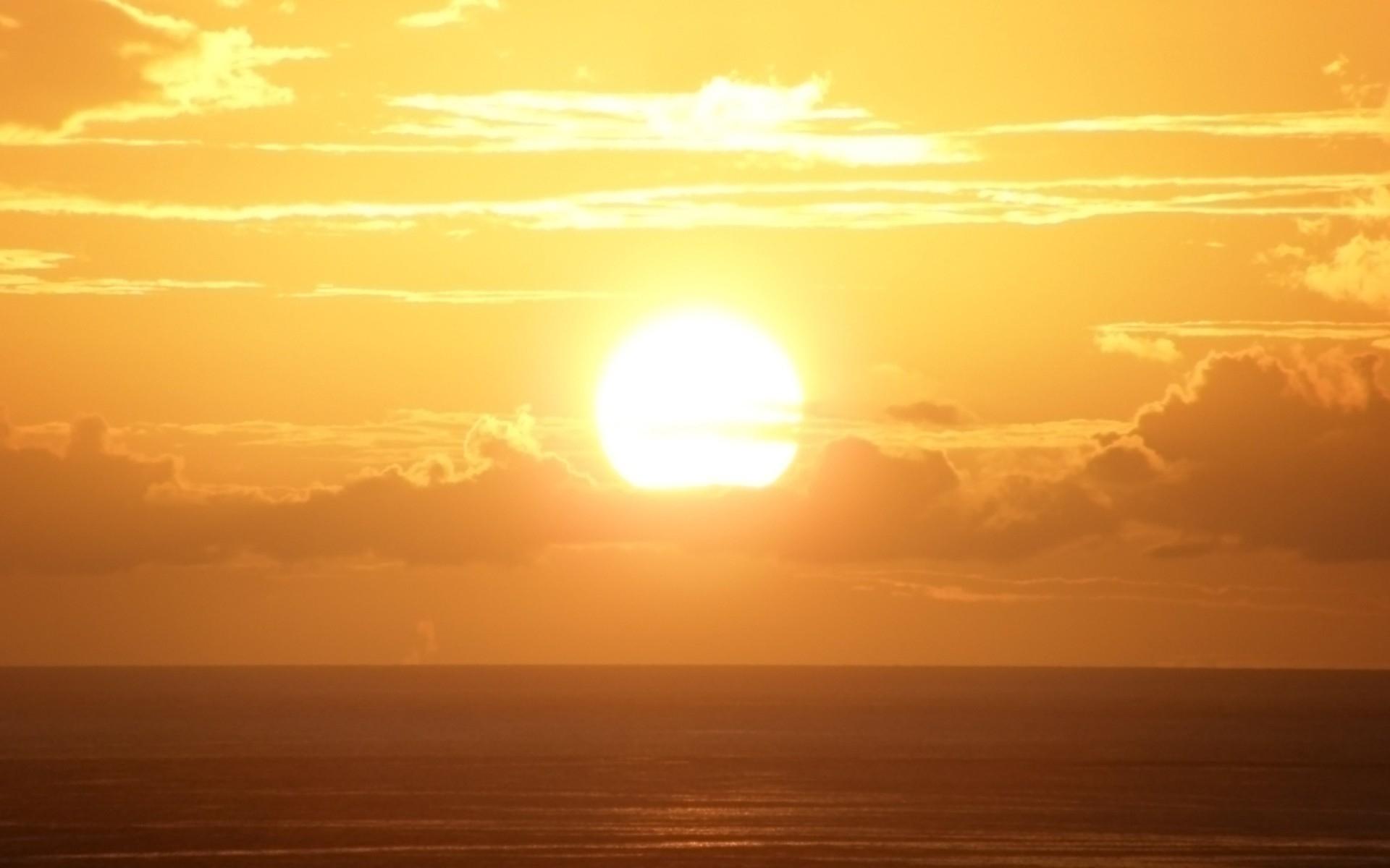 Unduh 5500 Background Langit Kuning Paling Keren