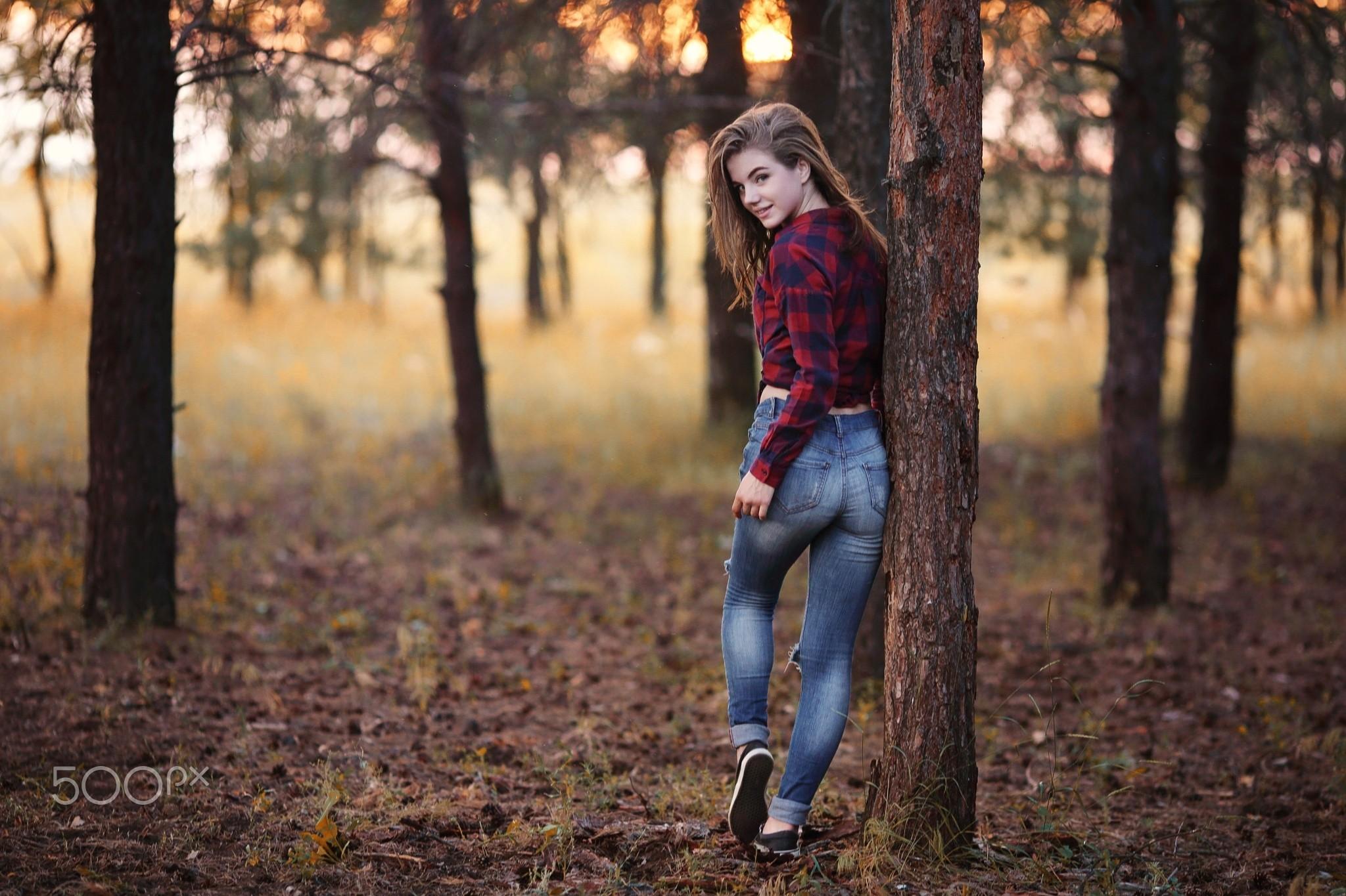 какие позы для фотосессии весной в лесу отлично провести