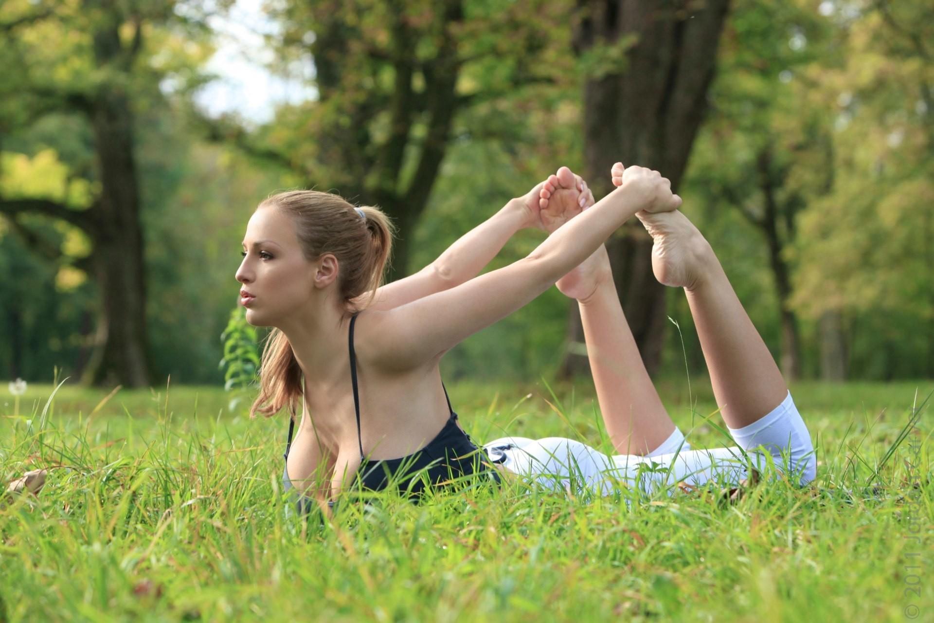 Natural outdoor teen