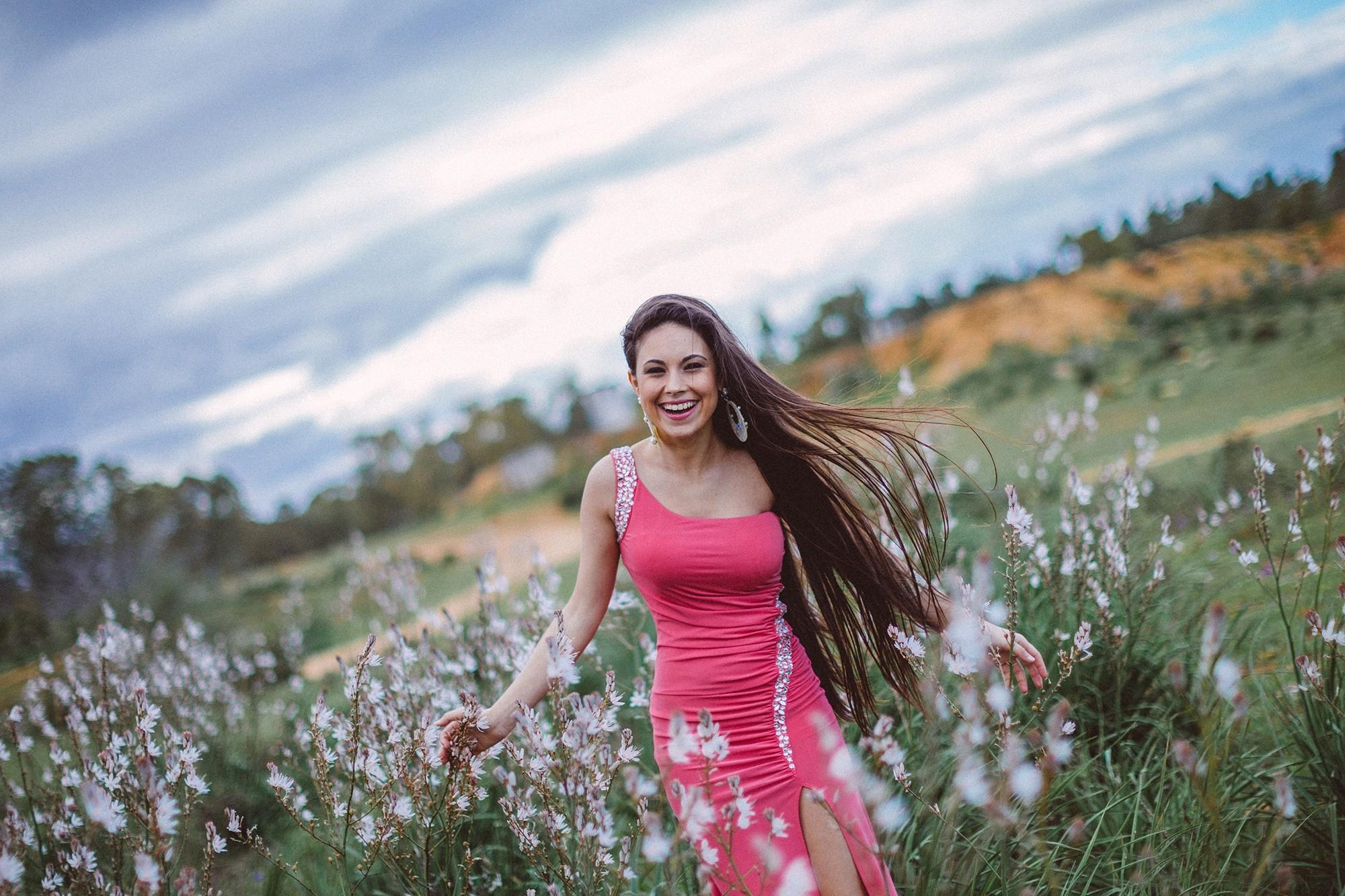 Картинки девушек с природой