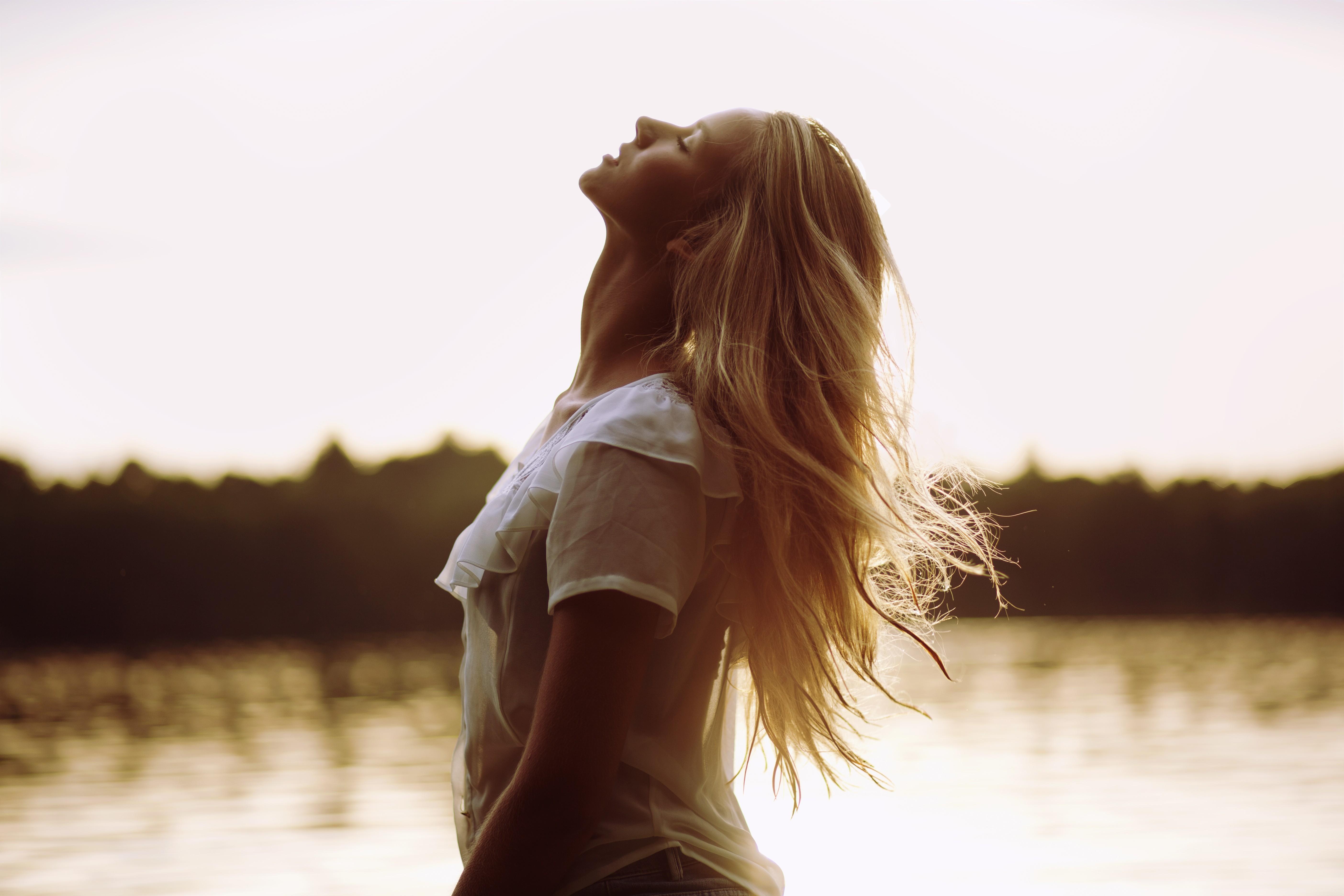 Wallpaper : sunlight, women outdoors, model, blonde, long ...