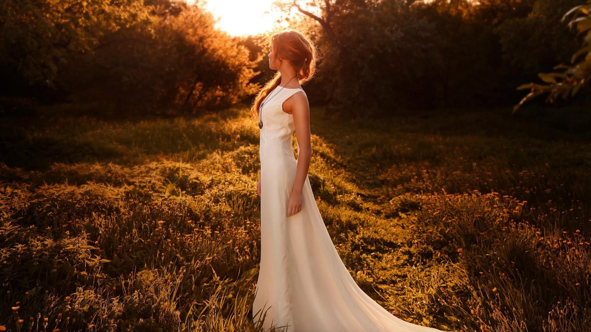 Hintergrundbilder : Sonnenlicht, Frauen im Freien, Frau, weißes ...