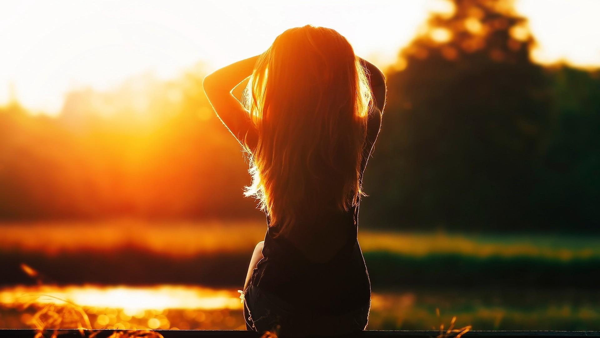 8aa4c4d43a luz de sol mujer puesta de sol silueta amanecer noche Mañana contraluz  oscuridad ligero flor 1920x1080
