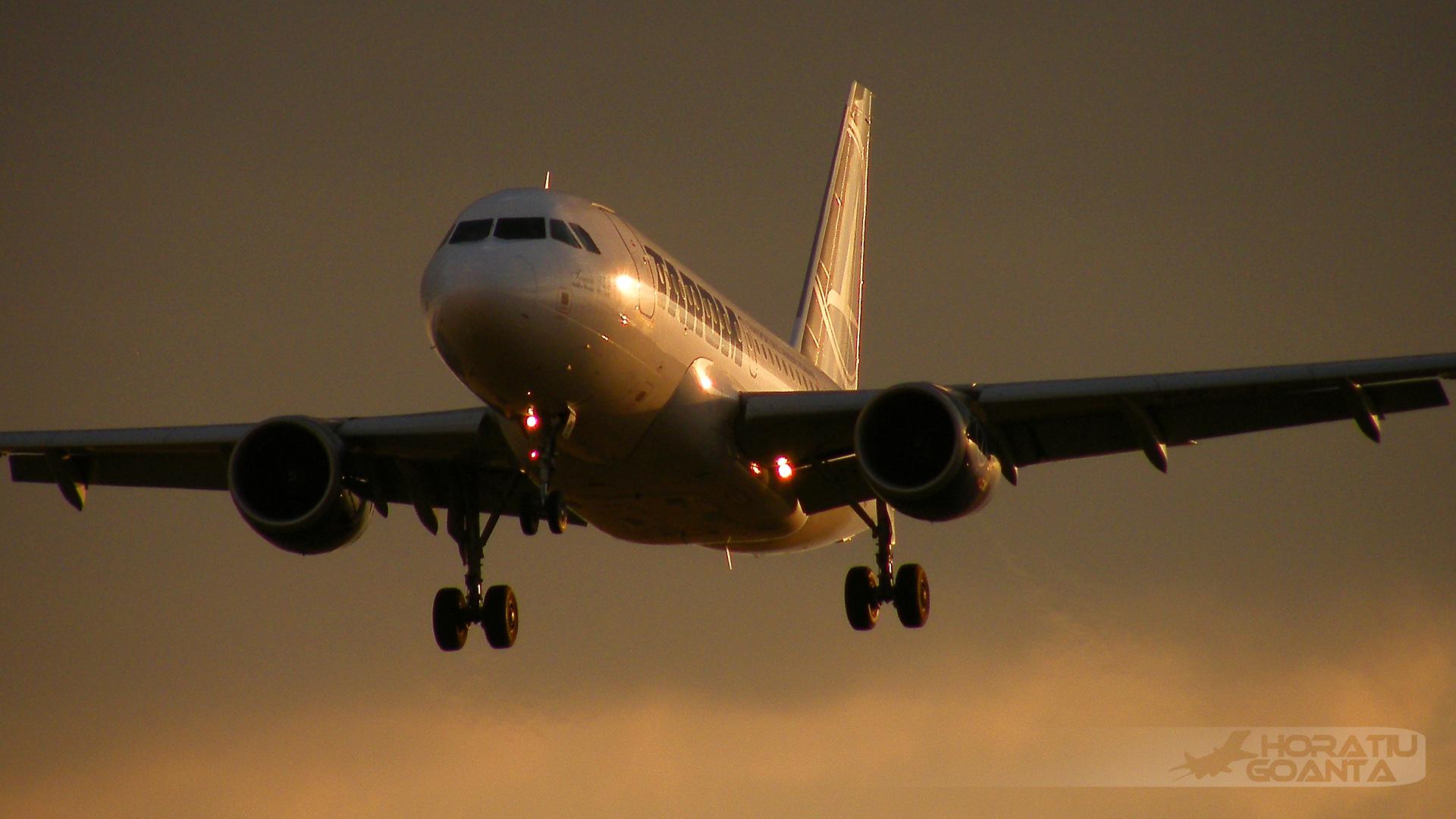 фото пассажирского самолета идет на посадку хороший армянский