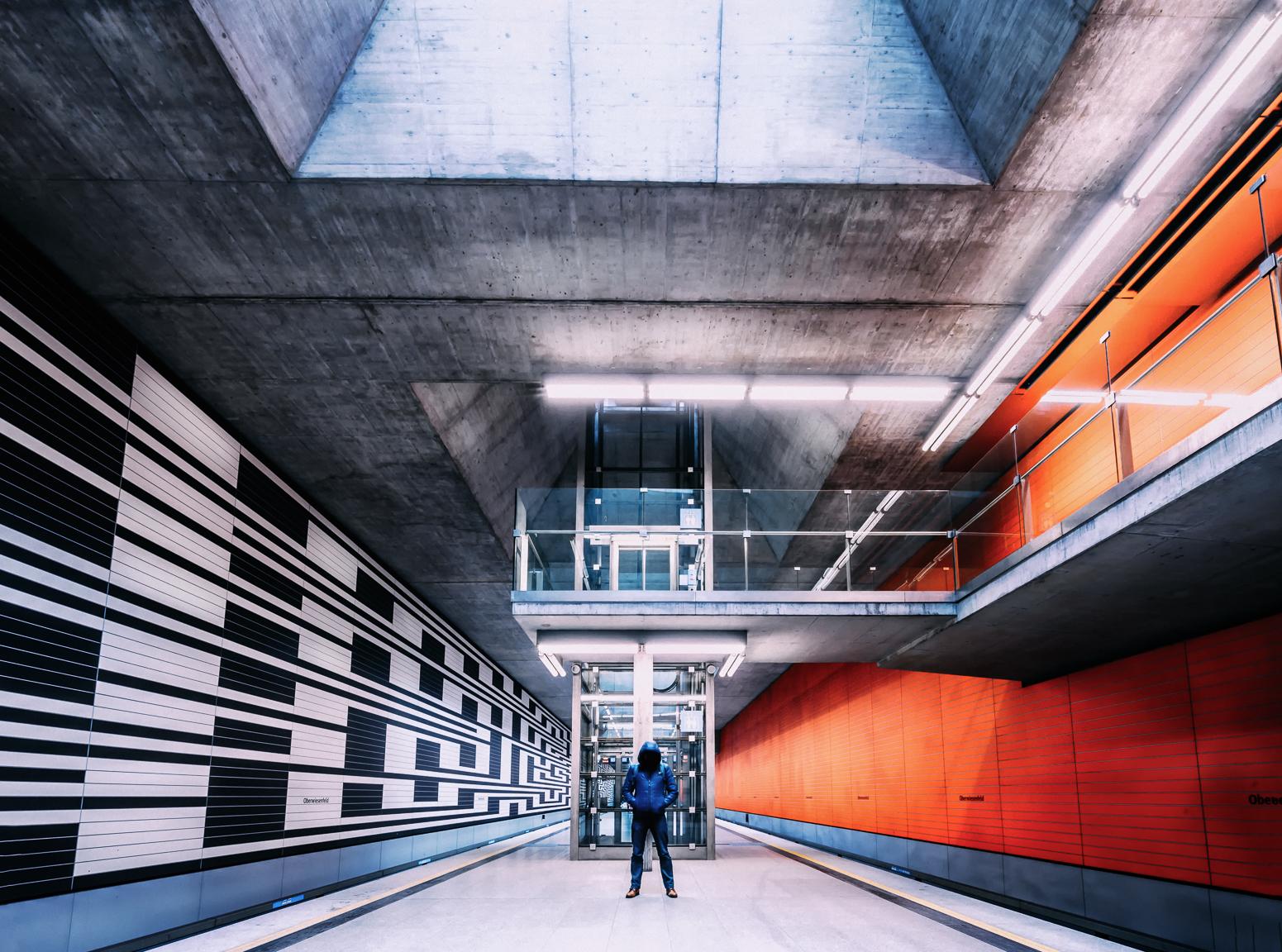 wallpaper symmetry symmetrie geometrie geometry lines urban urbex metrostation metro. Black Bedroom Furniture Sets. Home Design Ideas