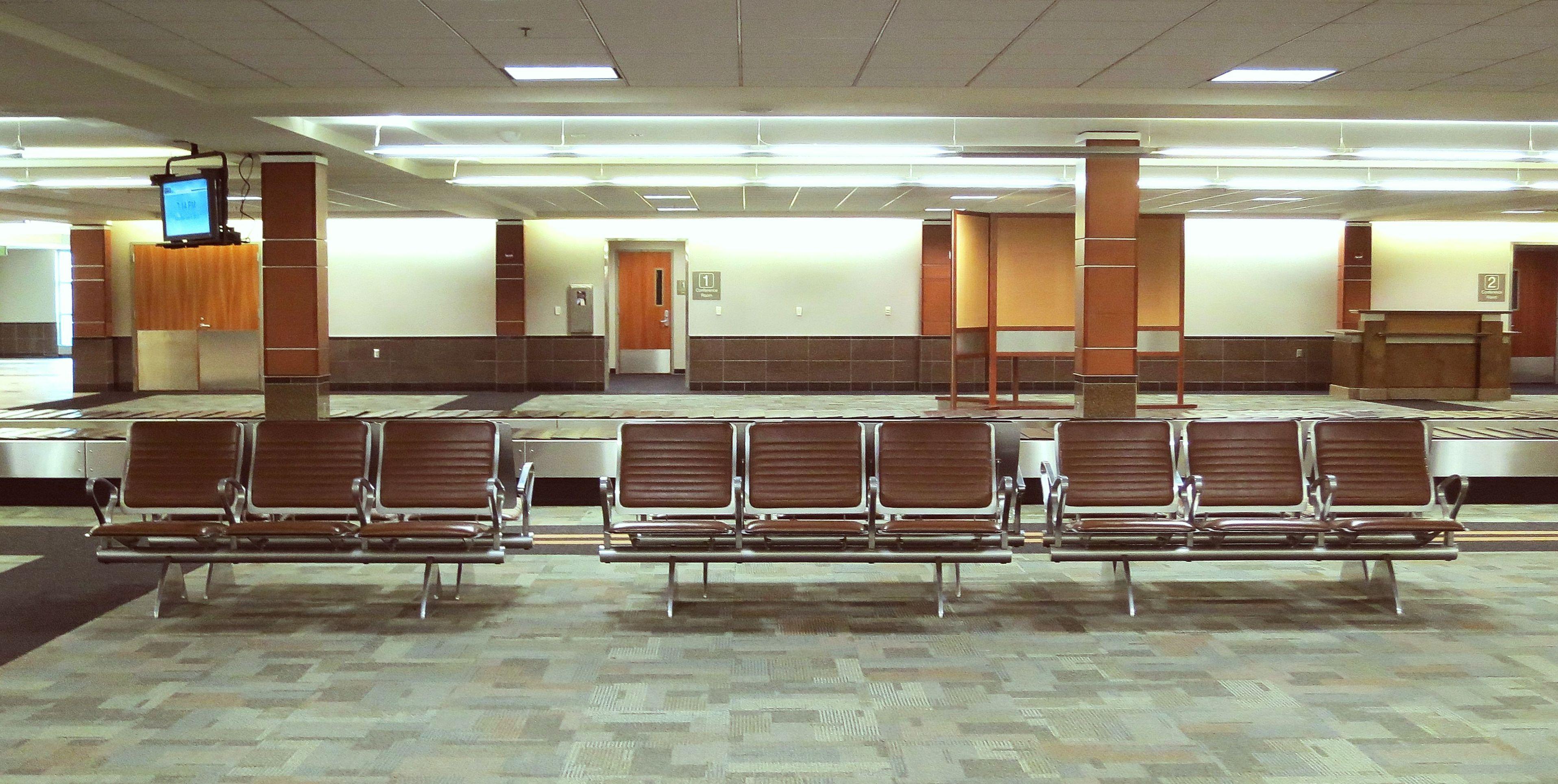 Hintergrundbilder tabelle sessel braun cafeteria for Halle innenarchitektur