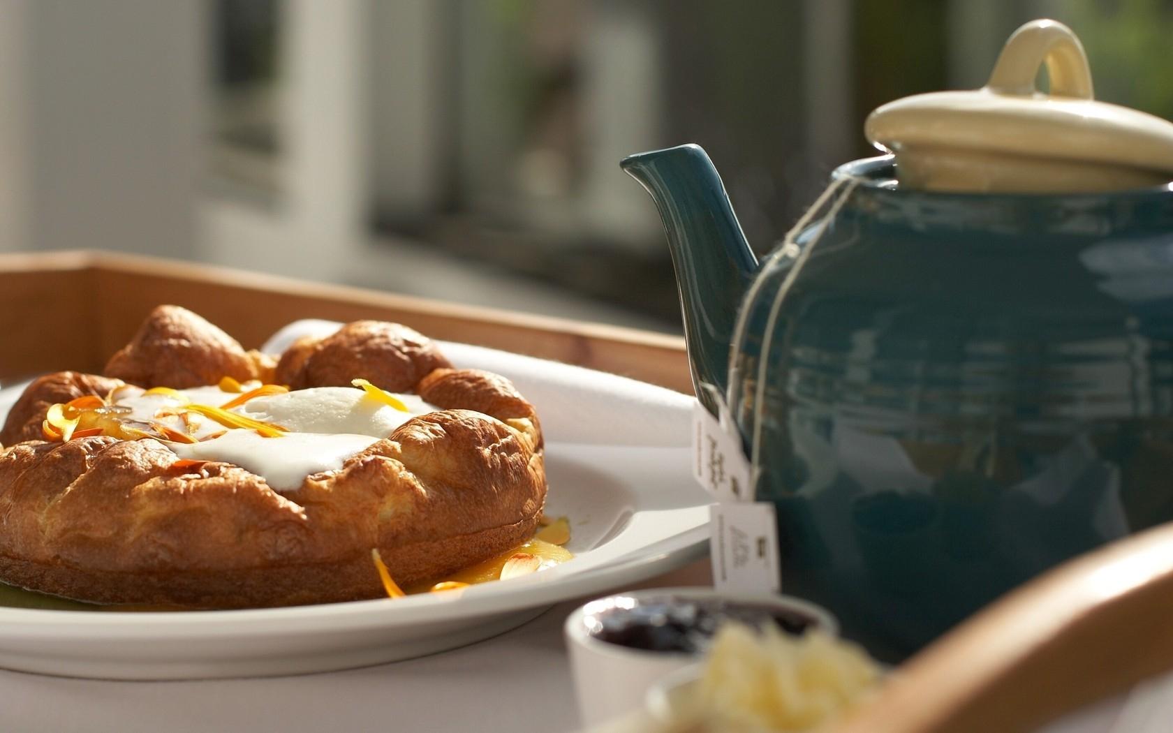 Teapot Morning Breakfast Pie