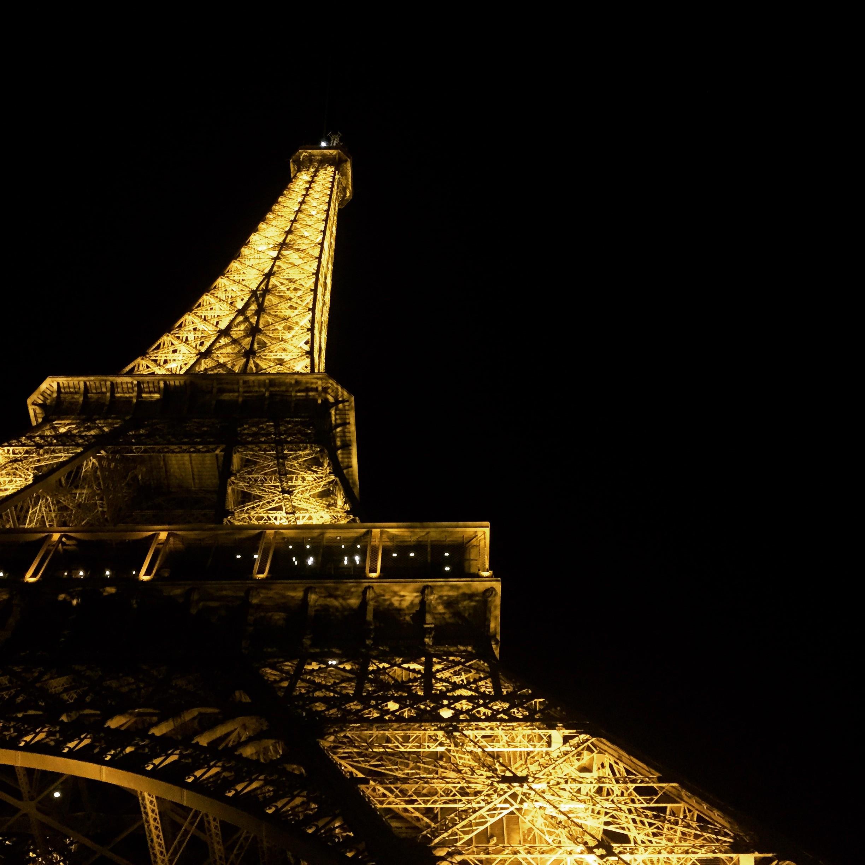 Fond D Ecran Temple Nuit Vehicule Soir La Tour Paris Tour Eiffel Lumiere Obscurite 2448x2448 Kejsirajbek 8341 Fond D Ecran Wallhere