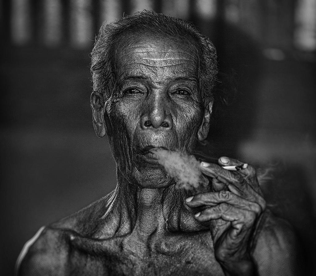 Blackwhite human oldman canon1dx canonlens black and white monochrome photography portrait photography close up facial hair kelantan wrinkle
