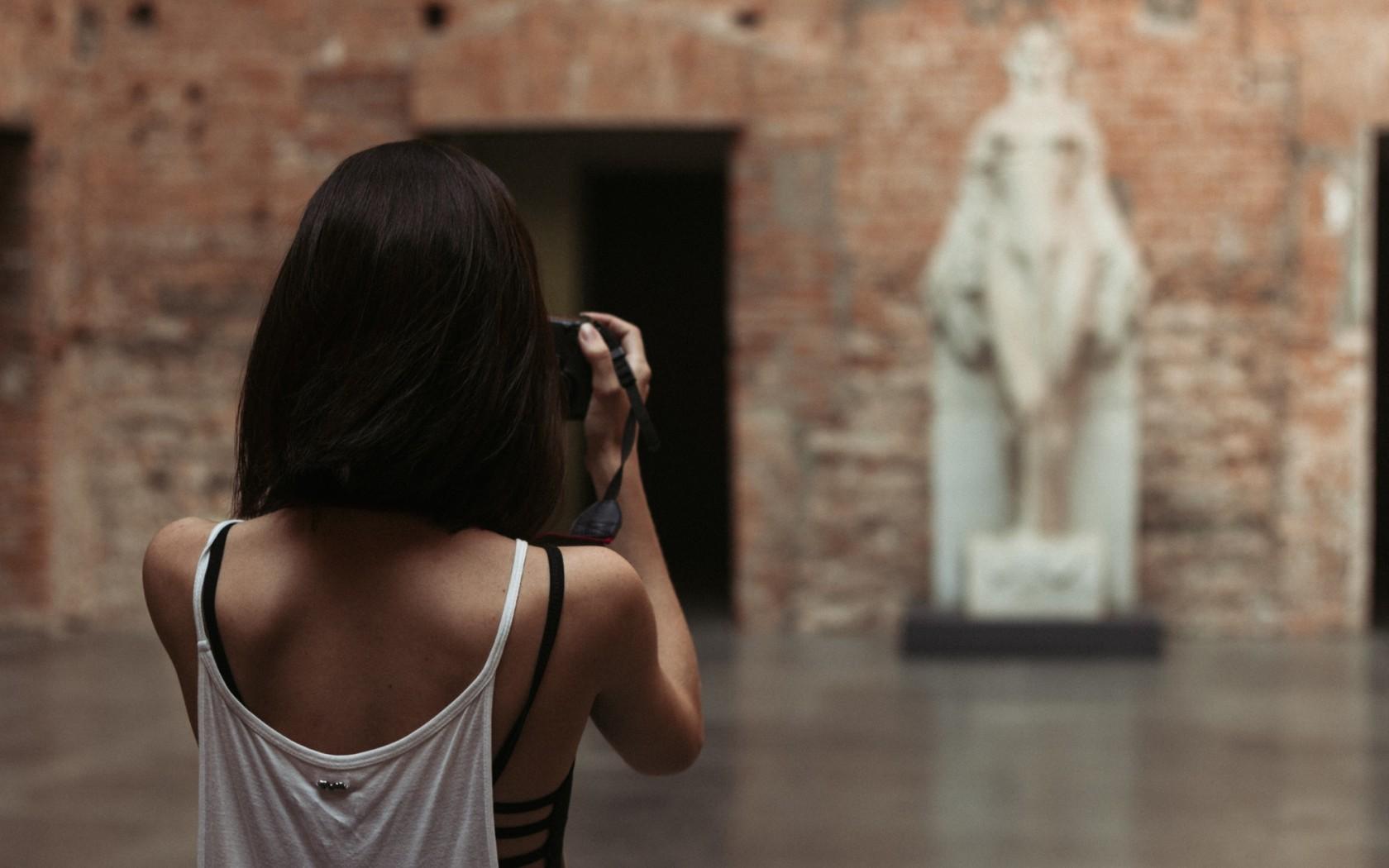Картинки женщина без головы
