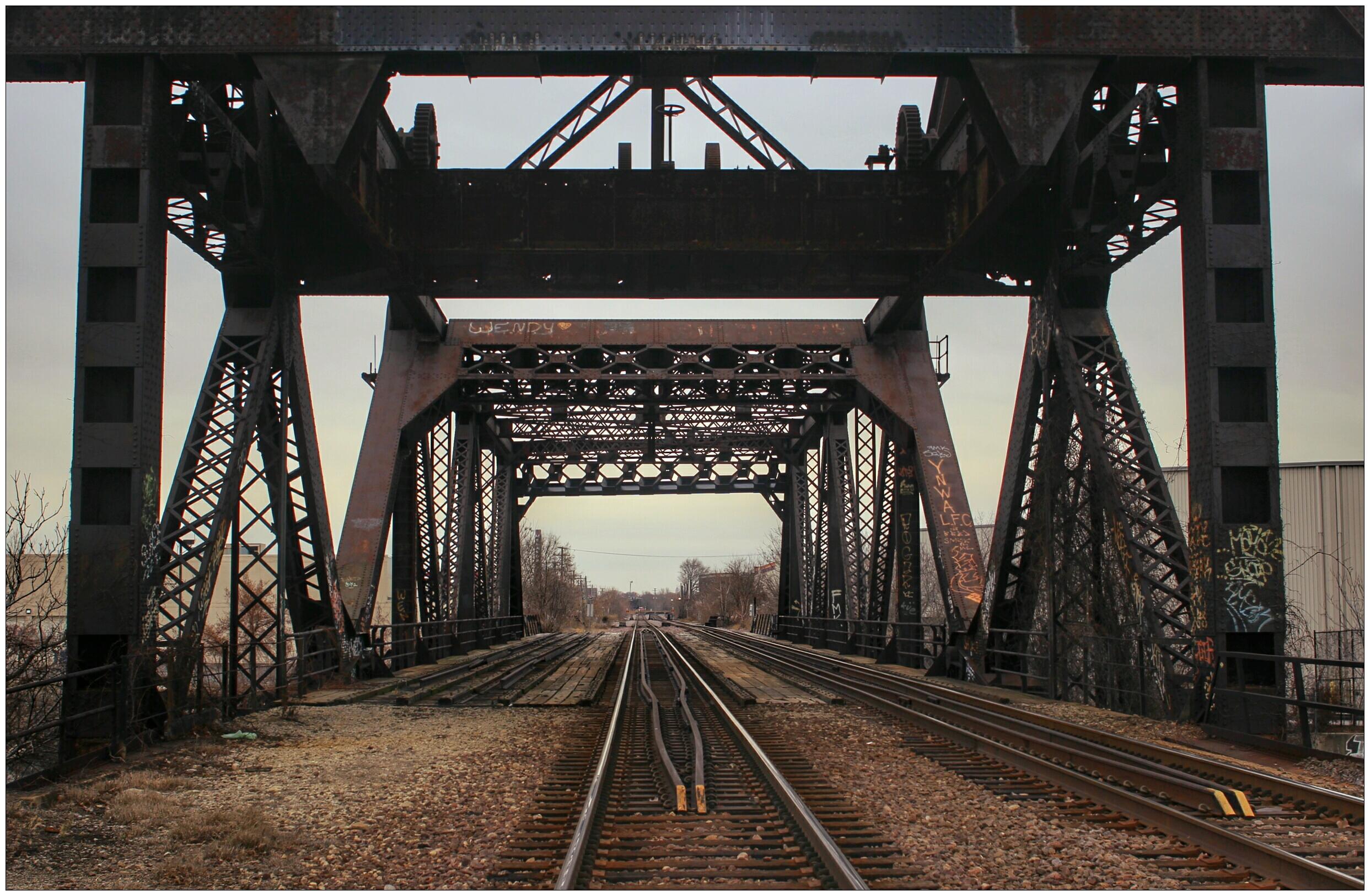 кузовное дизайнерское железная дорога металл фото пожалуйста, можно клеить