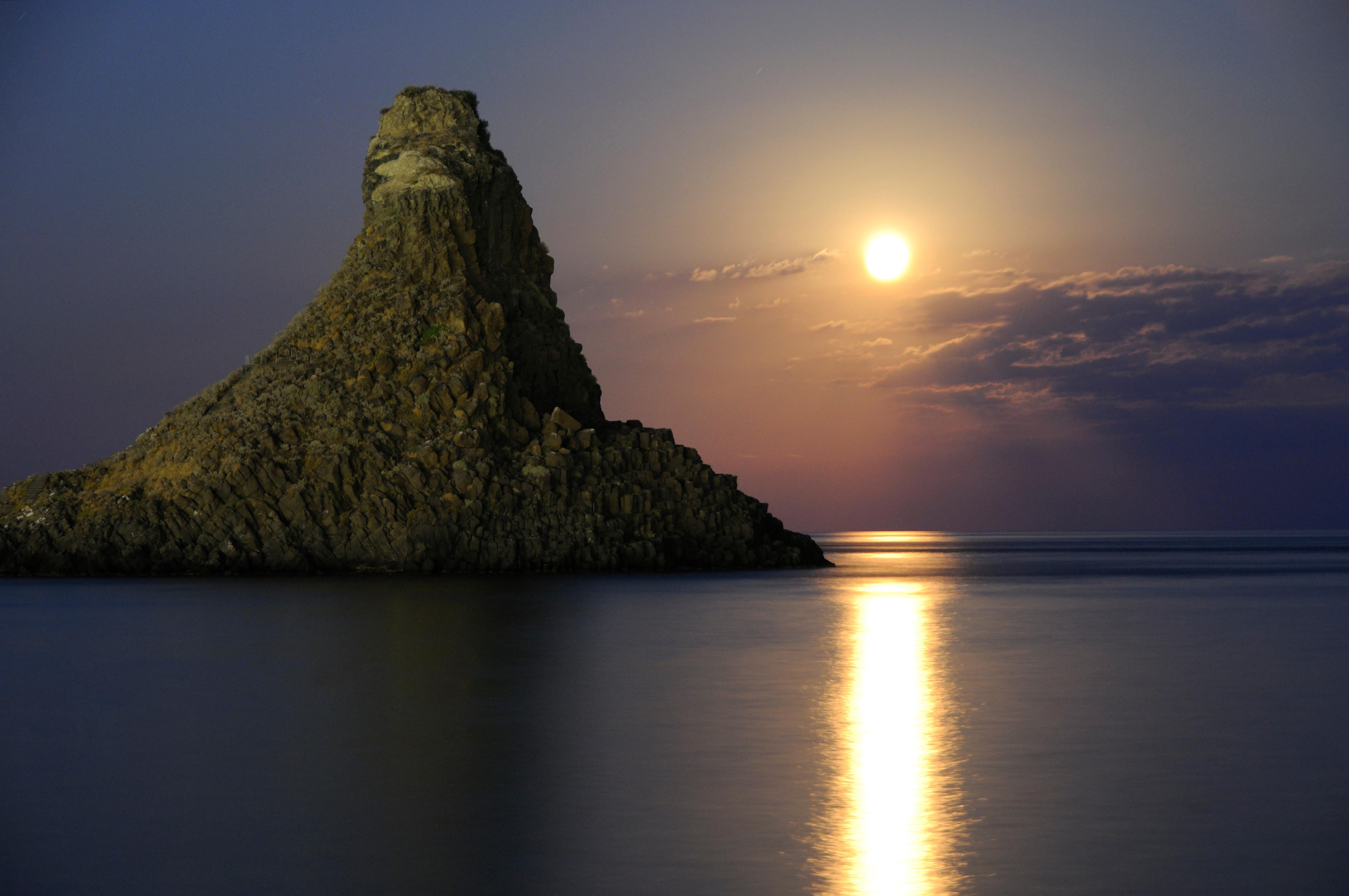 Wallpaper : travel, sunset, sea, Italy, Public, night