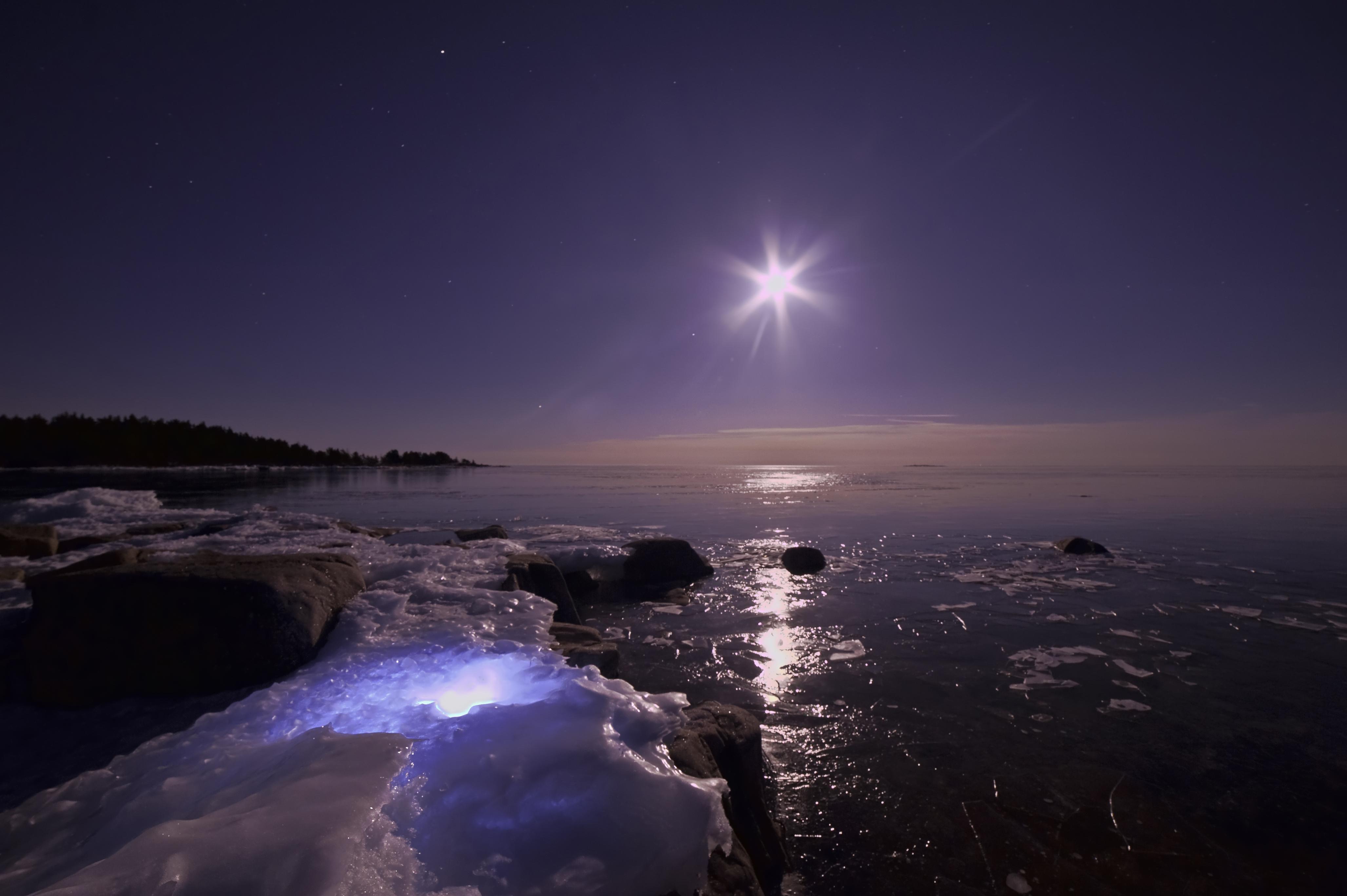 ладонях картинки неба с морем в ночи каждая