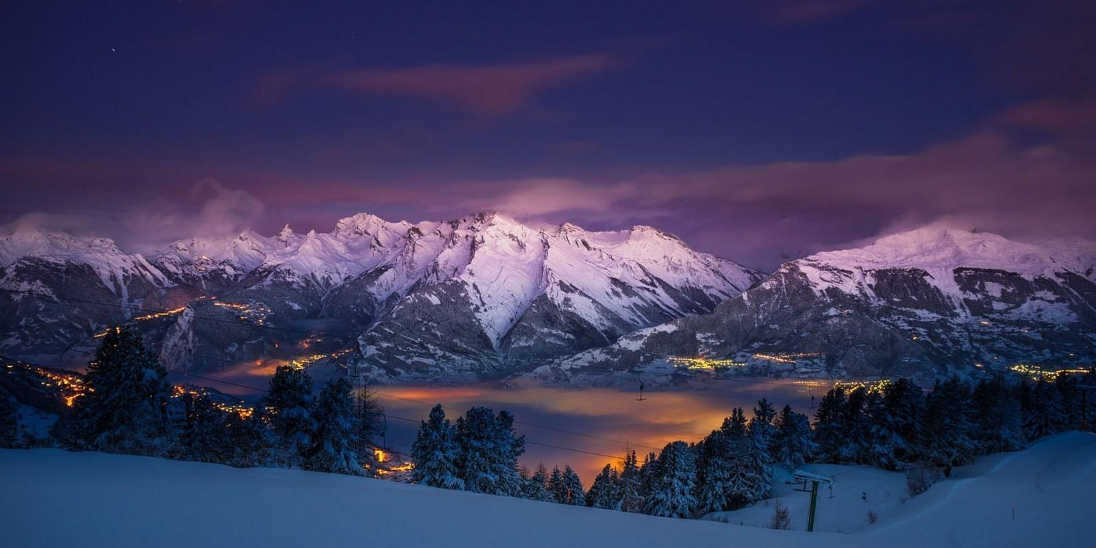 Sfondi Alberi Paesaggio Luci Montagne Citt Notte