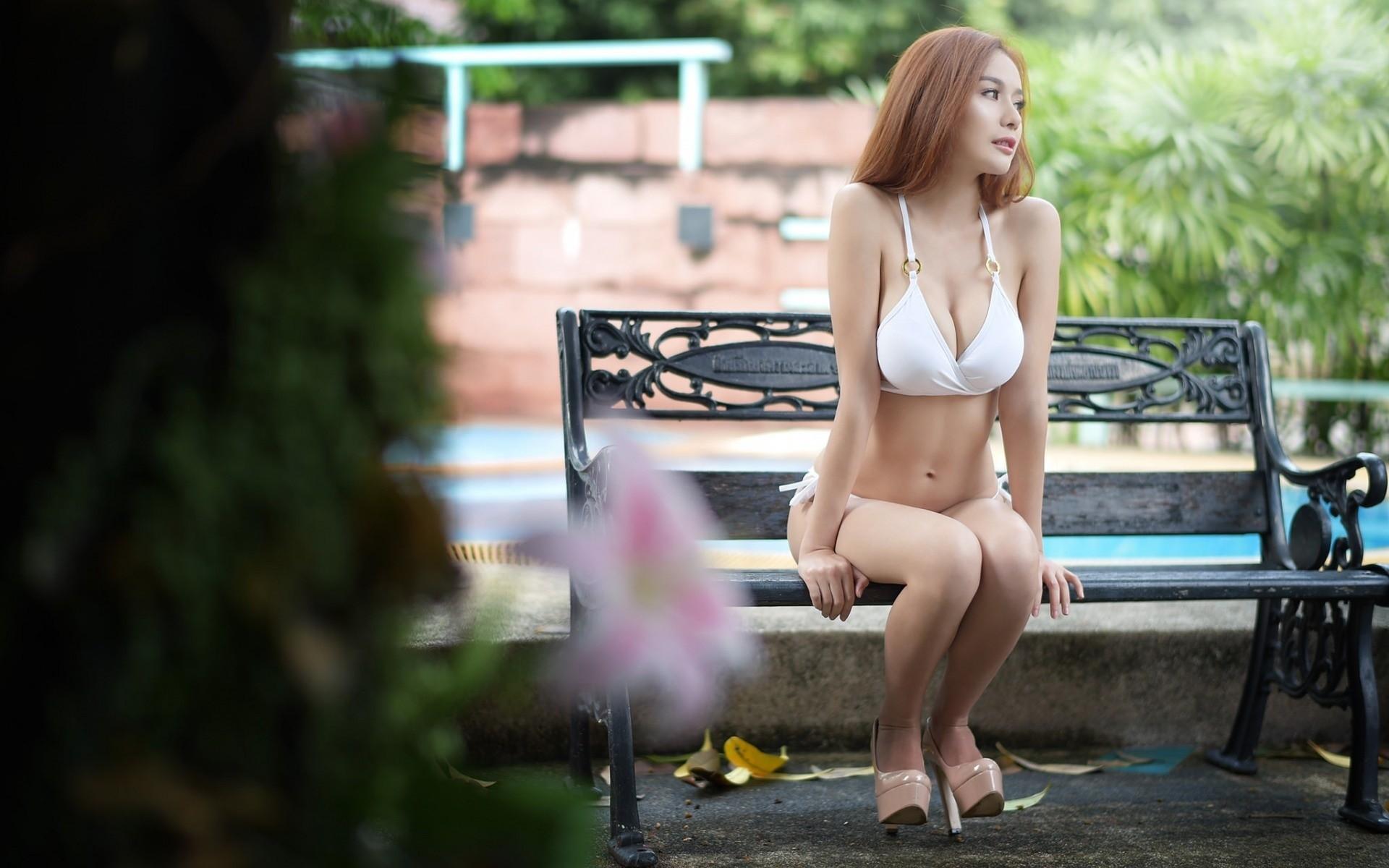 Deepthroat sex lingerie blonde