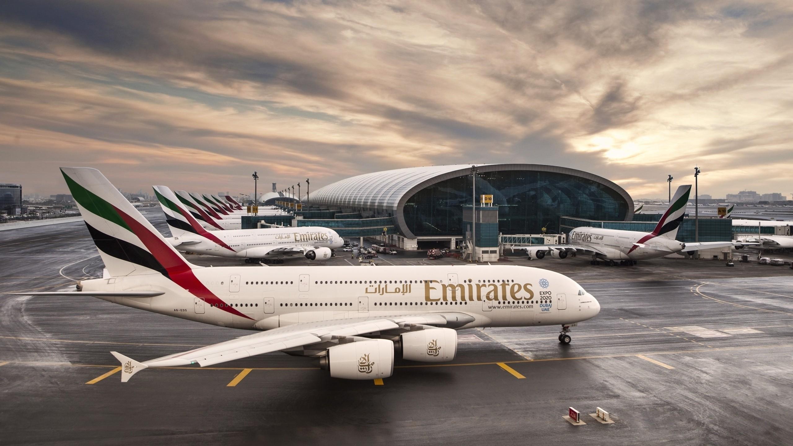 картинки самолеты эмирейтс вашим умелым