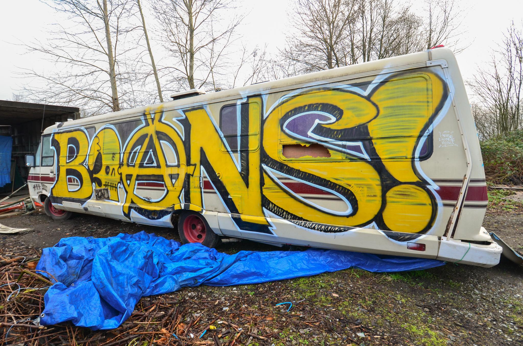 Wallpaper Vehicle Books Yellow Bones Graffiti Street