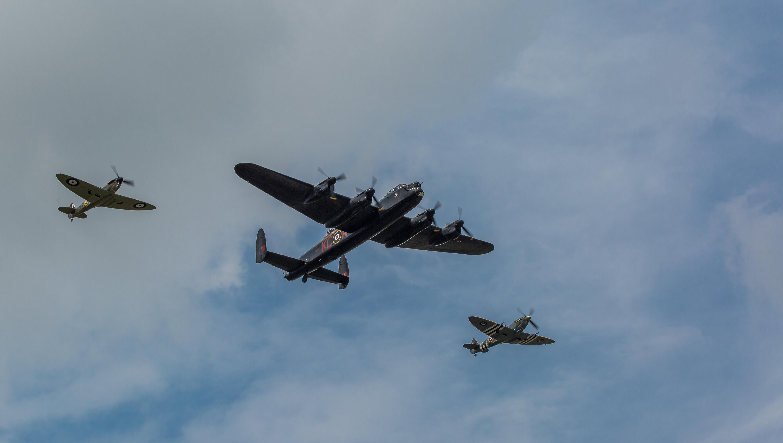 Обои земля, Облака, битва, самолеты, война. Авиация foto 9