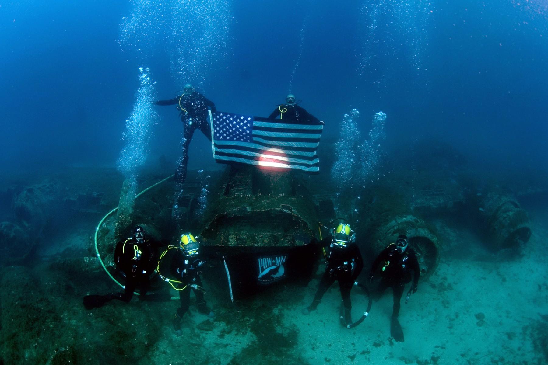 Vehicle Flag Underwater Divers American Diving Biology Scuba Pow Reef Marine Water