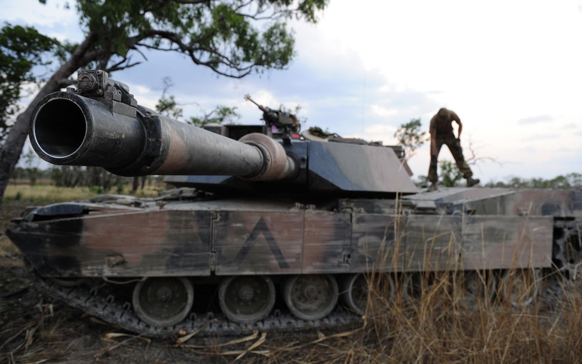 танки крупный план фото - 3