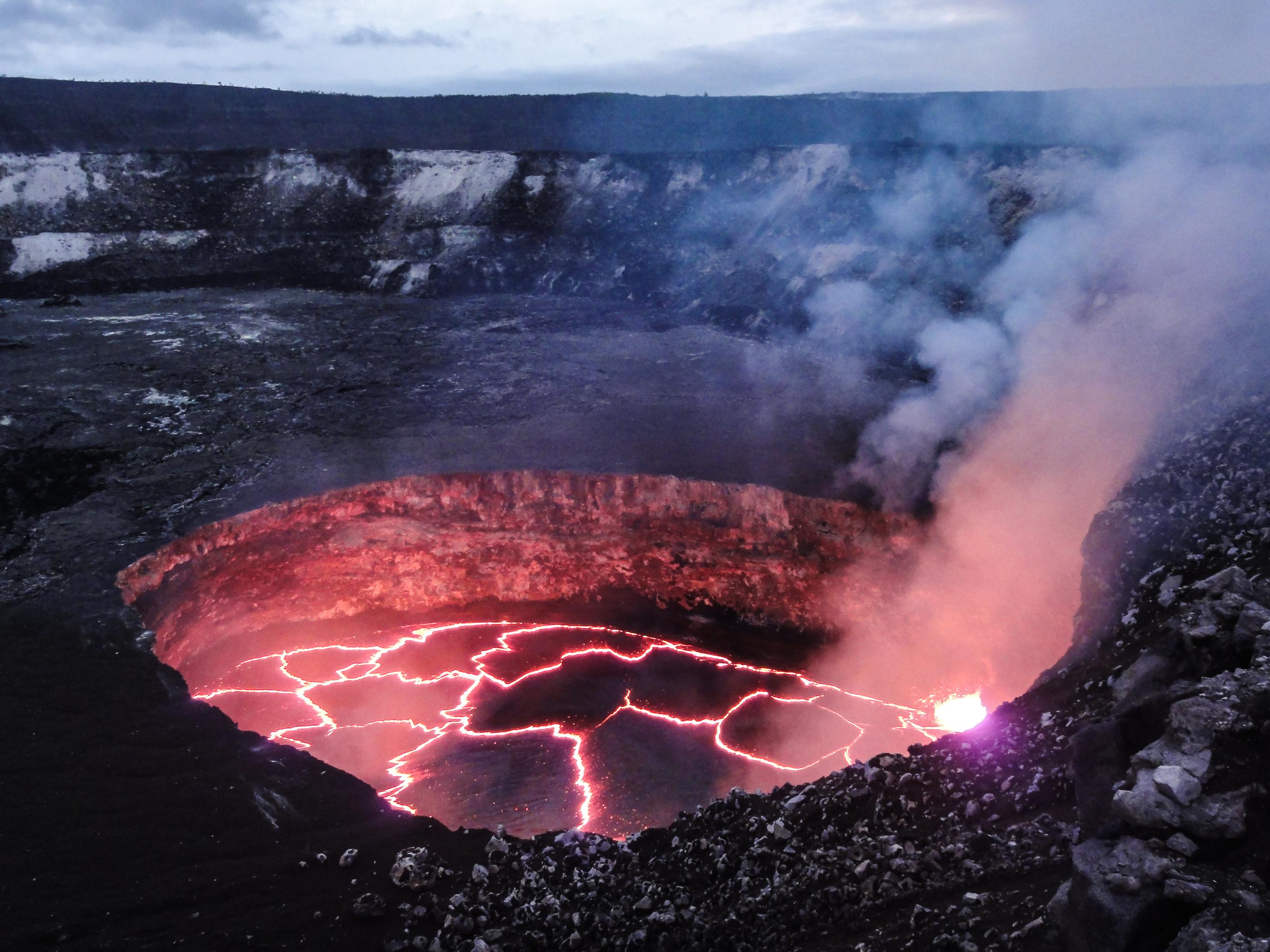 одна жерло вулкана йеллоустоун фото московской