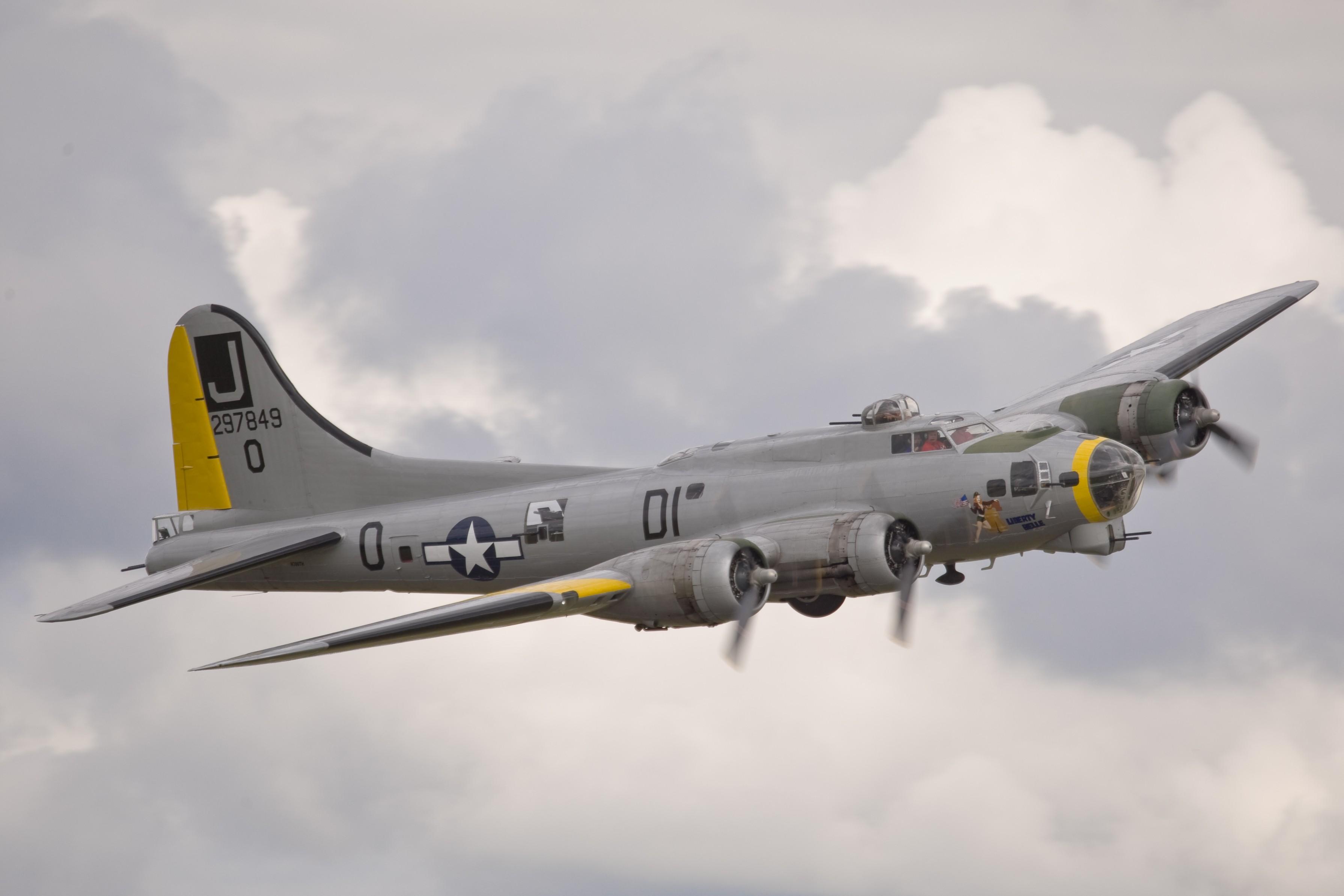 Wallpaper War World War Ii Boeing B 17 Flying Fortress