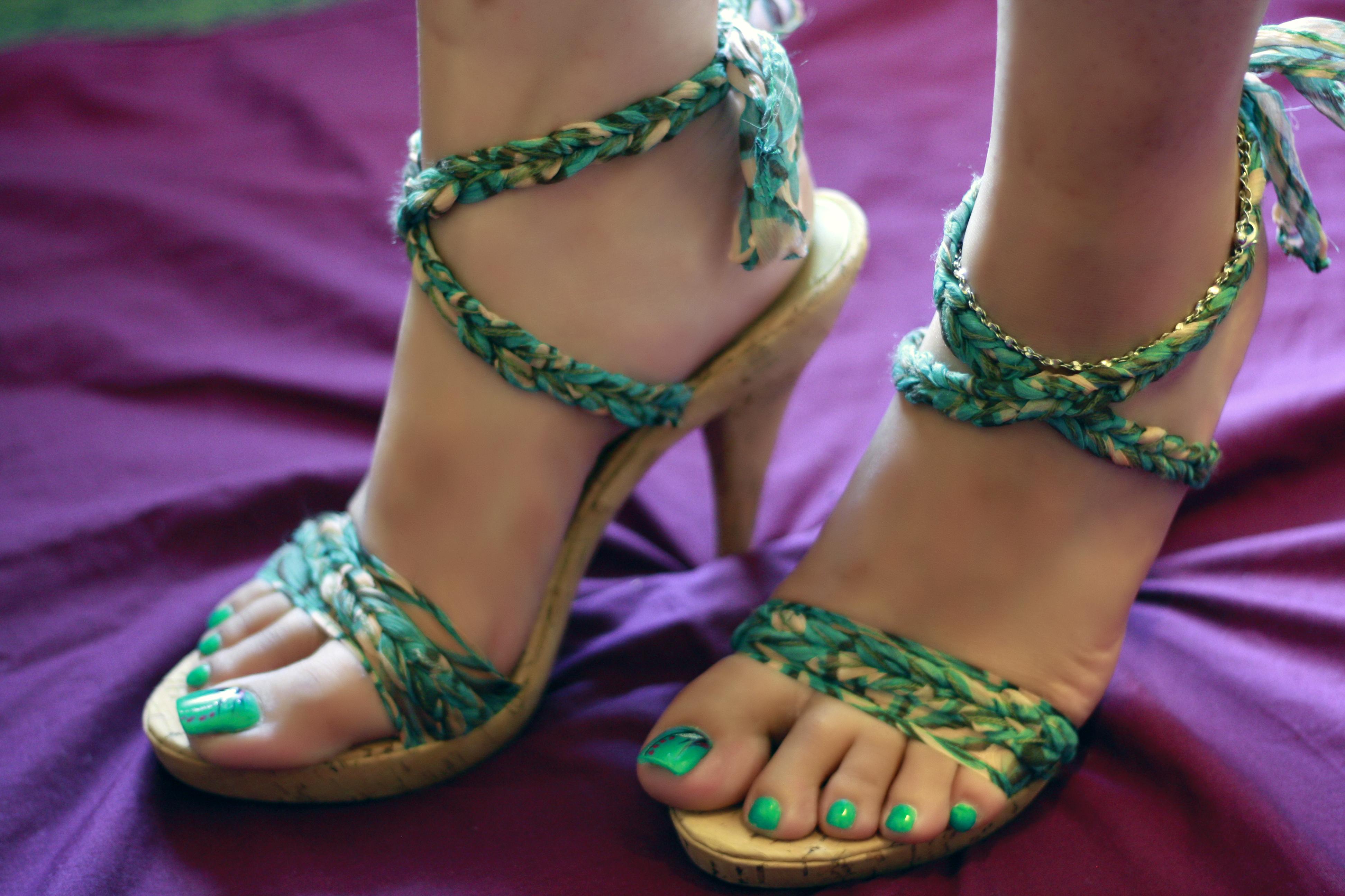 Hot sexy women feet