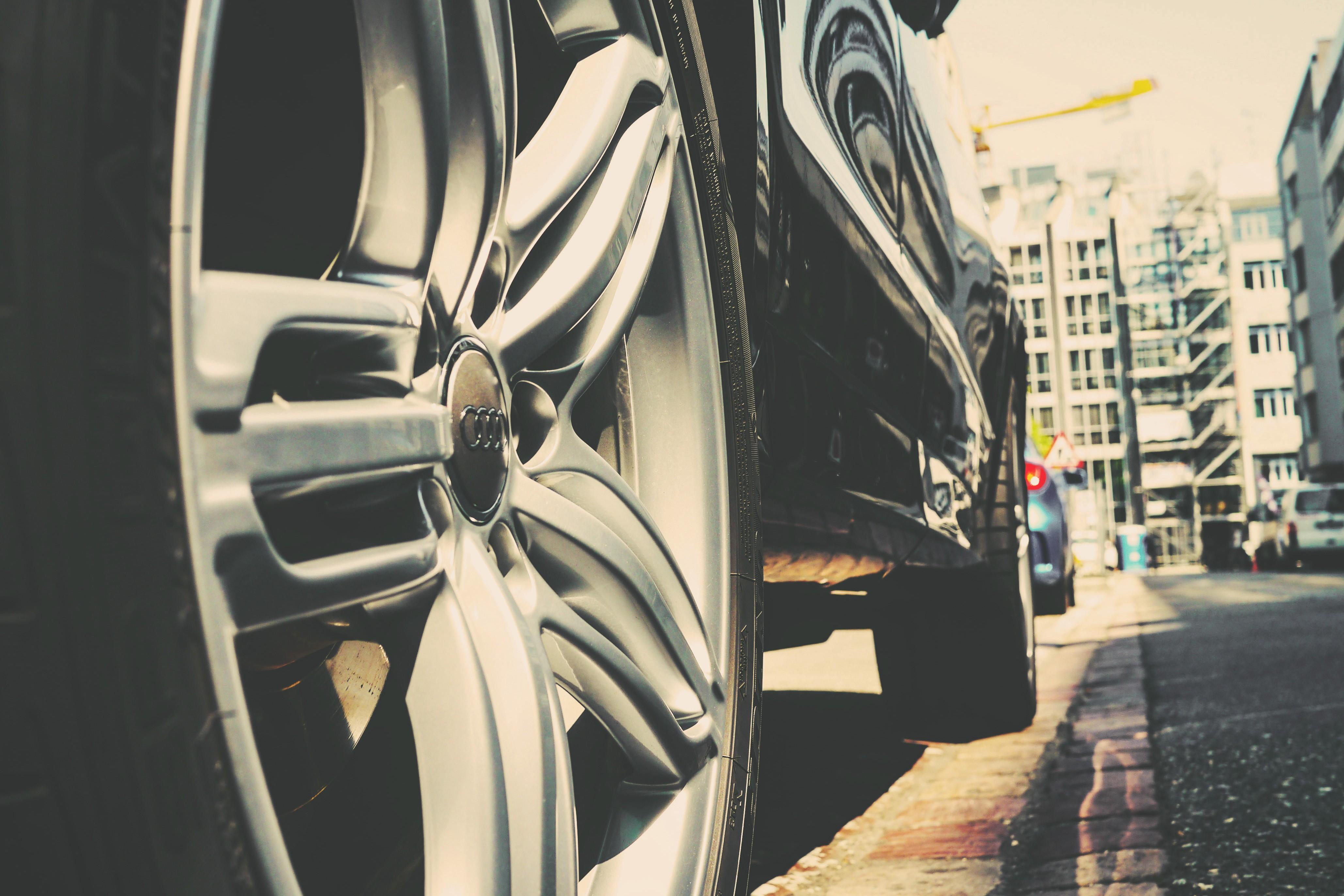 Hintergrundbilder : Weiß, schwarz, Stadt, Straße, Auto, Audi ...