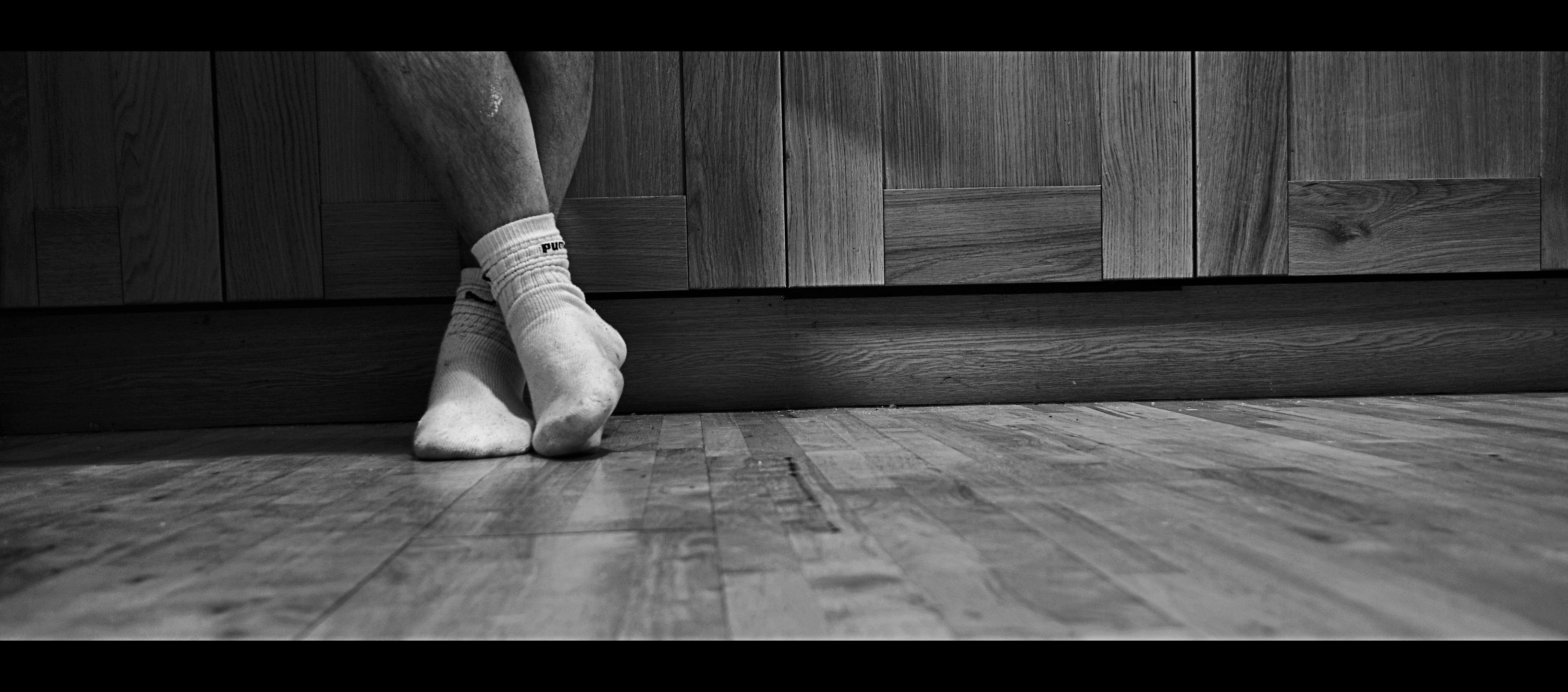 Wallpaper Barefoot Sitting Socks Standing Nikon Midnight