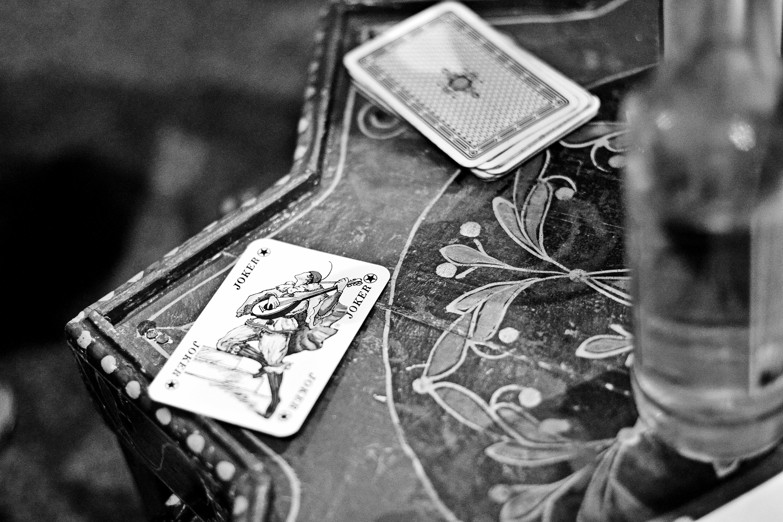 Wallpaper Joker Table Germany Cards Bw International