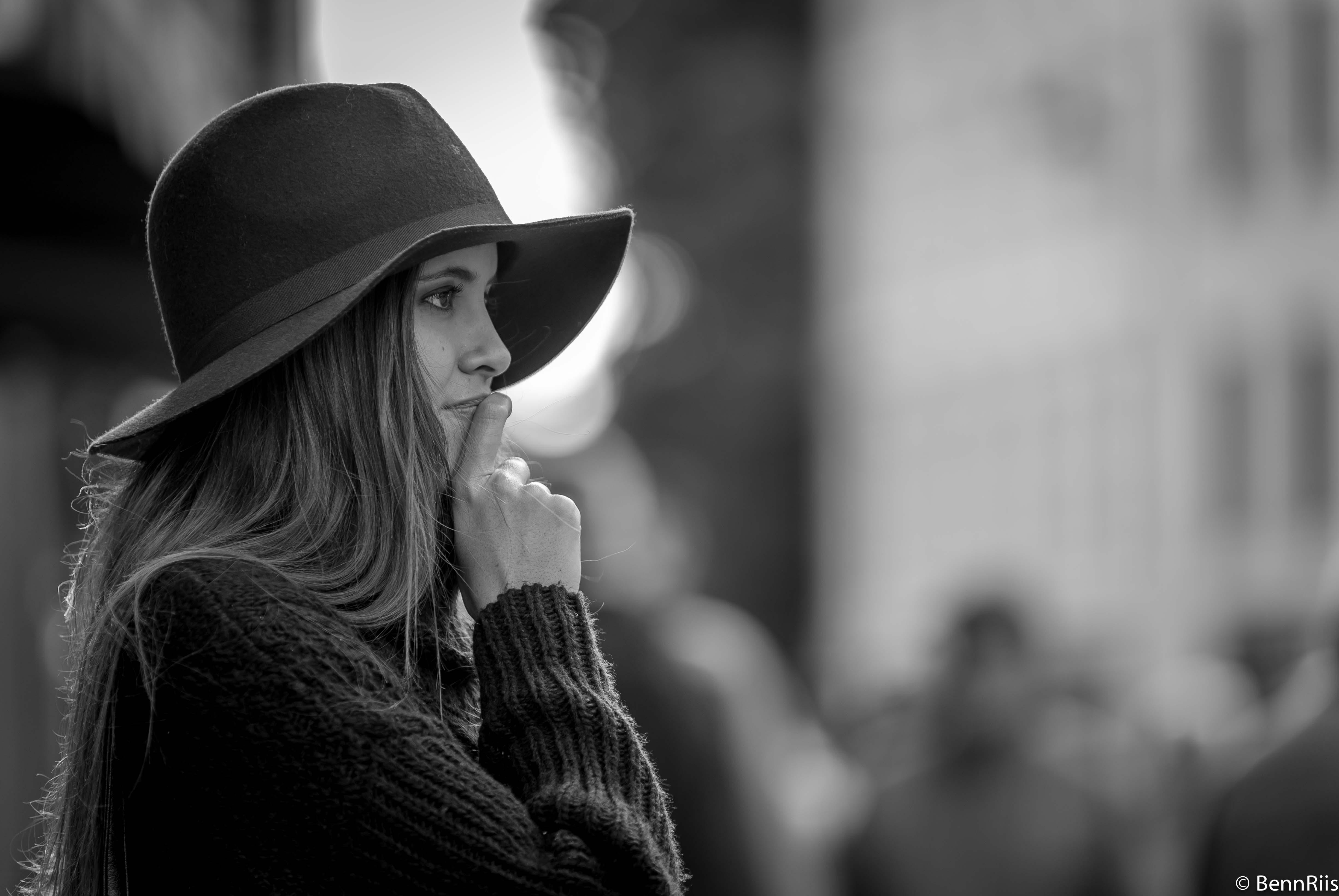 White black monochrome portrait photography nikon denmark copenhagen d750 70200 girl beauty smile woman human photograph
