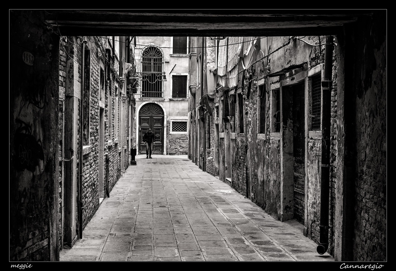 Hintergrundbilder : Weiß, schwarz, einfarbig, Fenster, Stadt, Straße ...