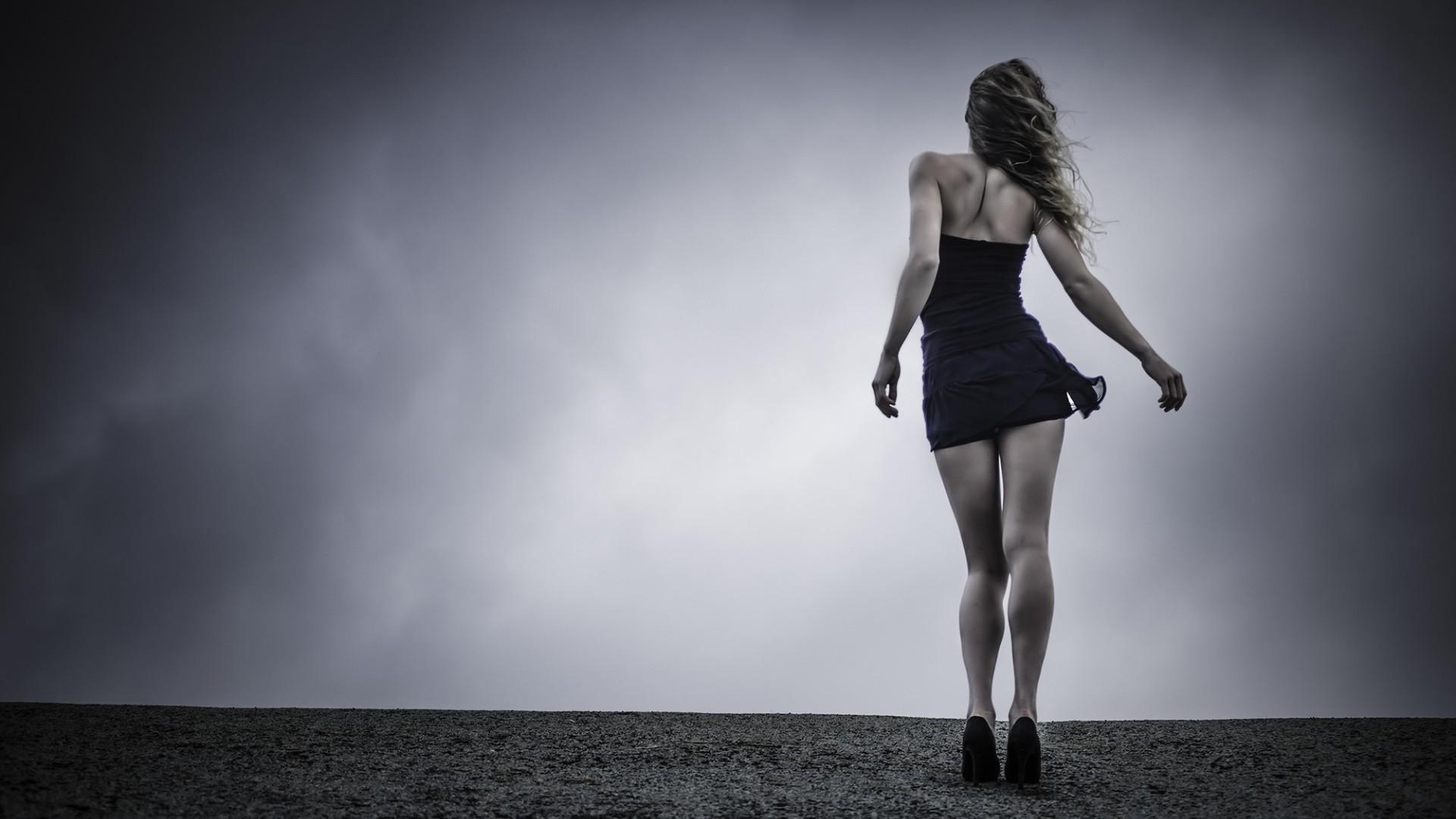 fond d 39 cran femmes en plein air femmes monochrome maquette la photographie robe mode. Black Bedroom Furniture Sets. Home Design Ideas