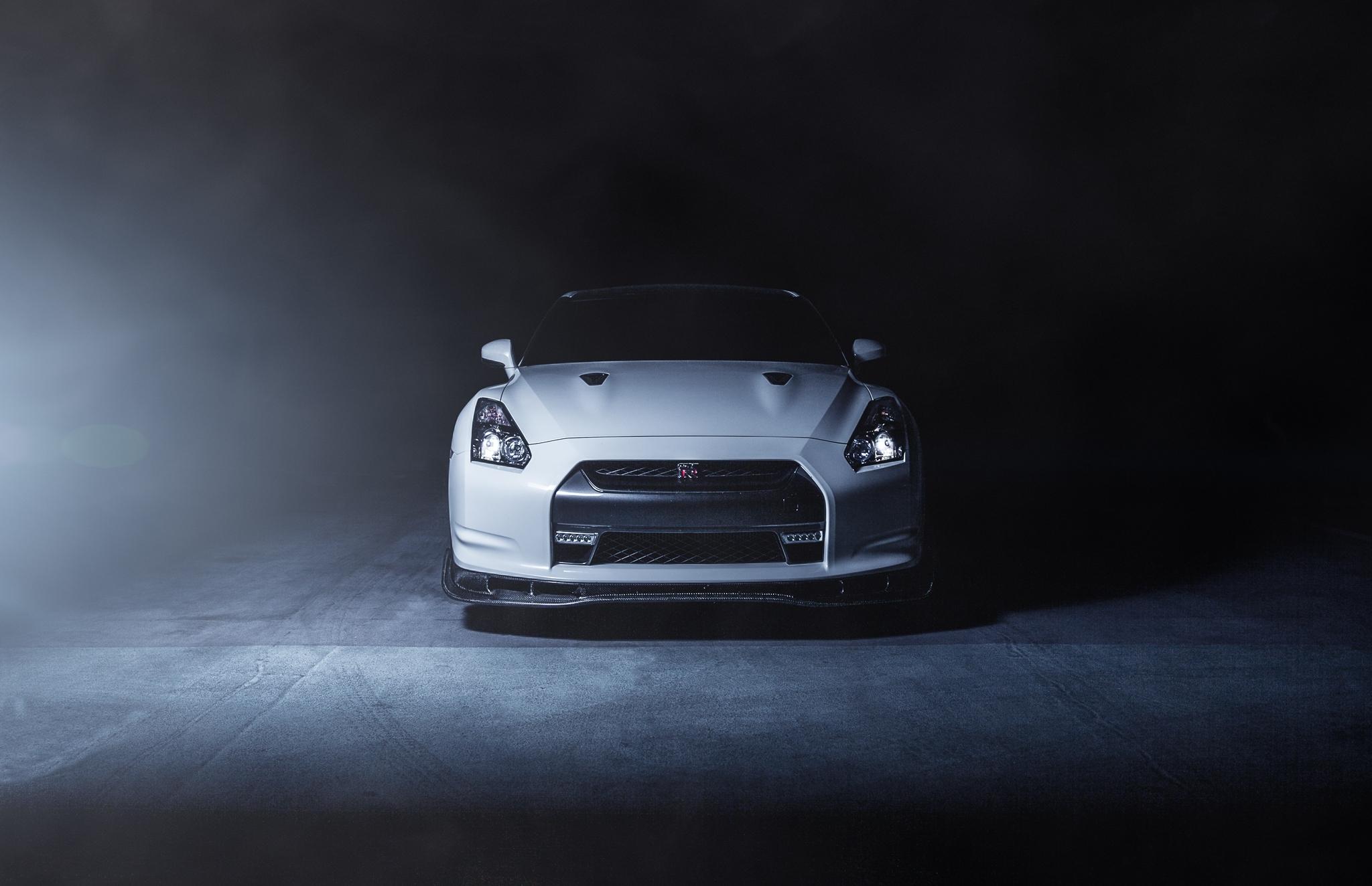 Wallpaper White Smoke Sports Car Nissan Gt R Coupe