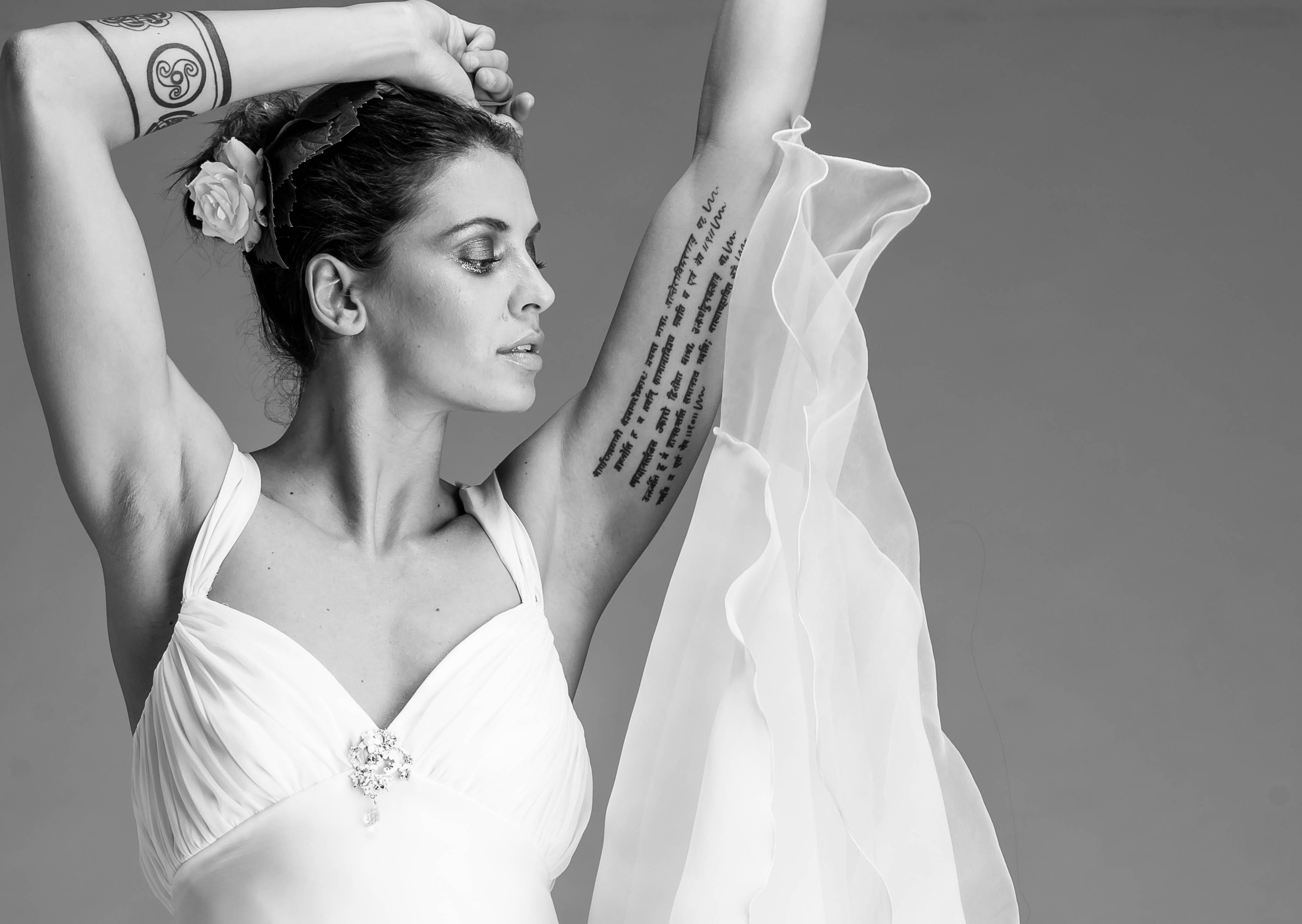 Wallpaper : model, portrait, long hair, tattoo, fashion, standing ...