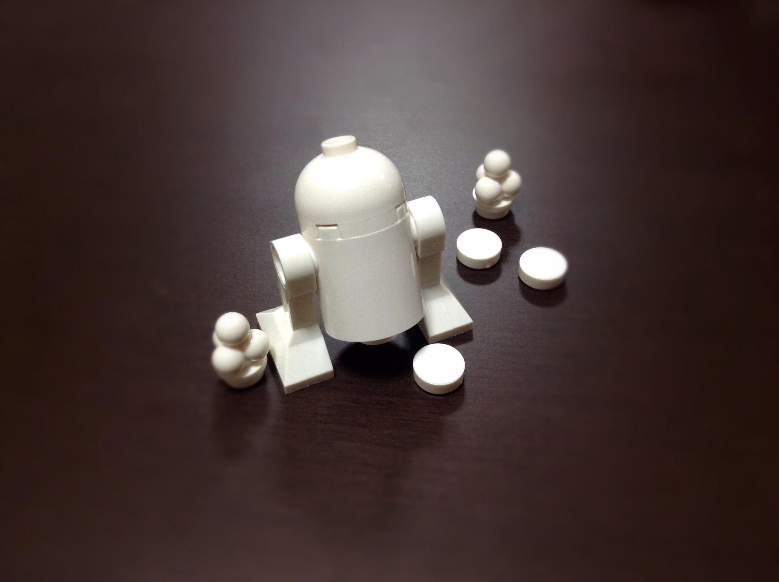 white star milk LEGO r2d2 wars minifig droid astromech
