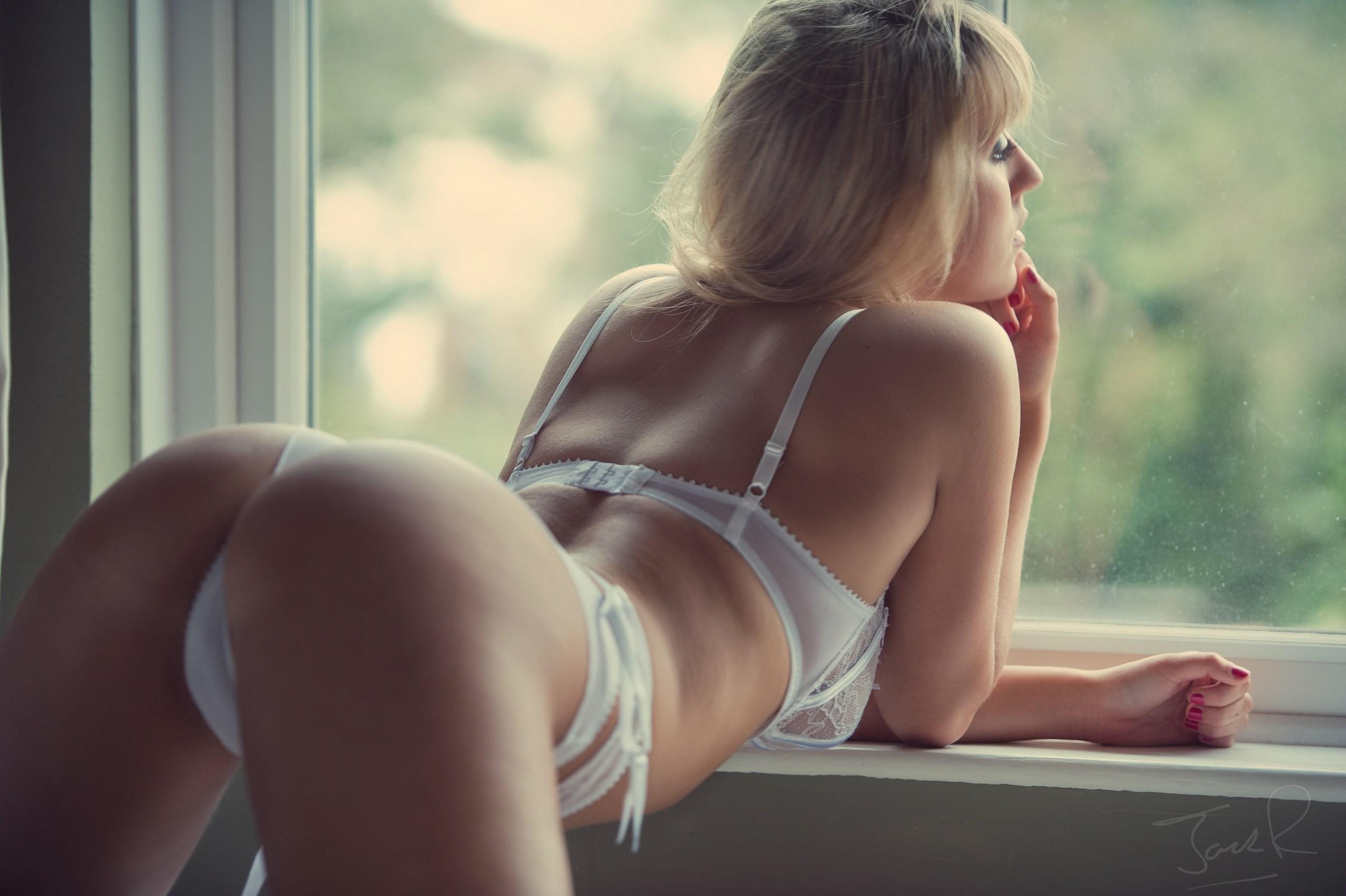 Зрелая тётка дала по пьяни порно фото бесплатно