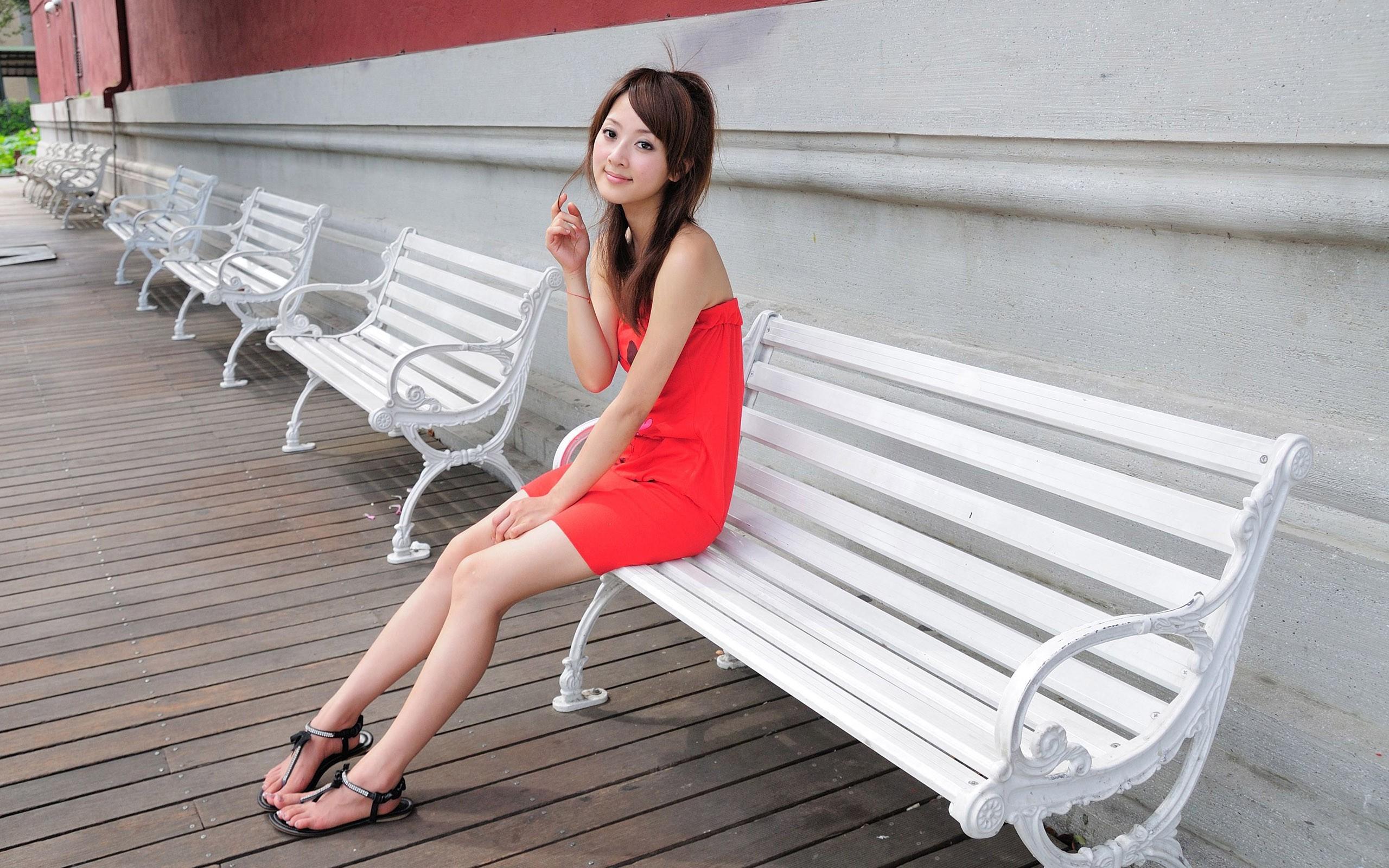 Asian Women Toes