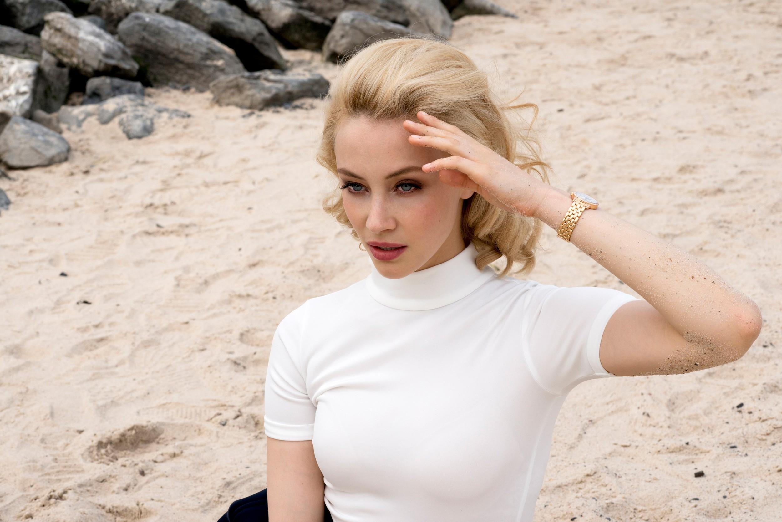 Wallpaper White Women Model Blonde Sand Watch Actress Dress