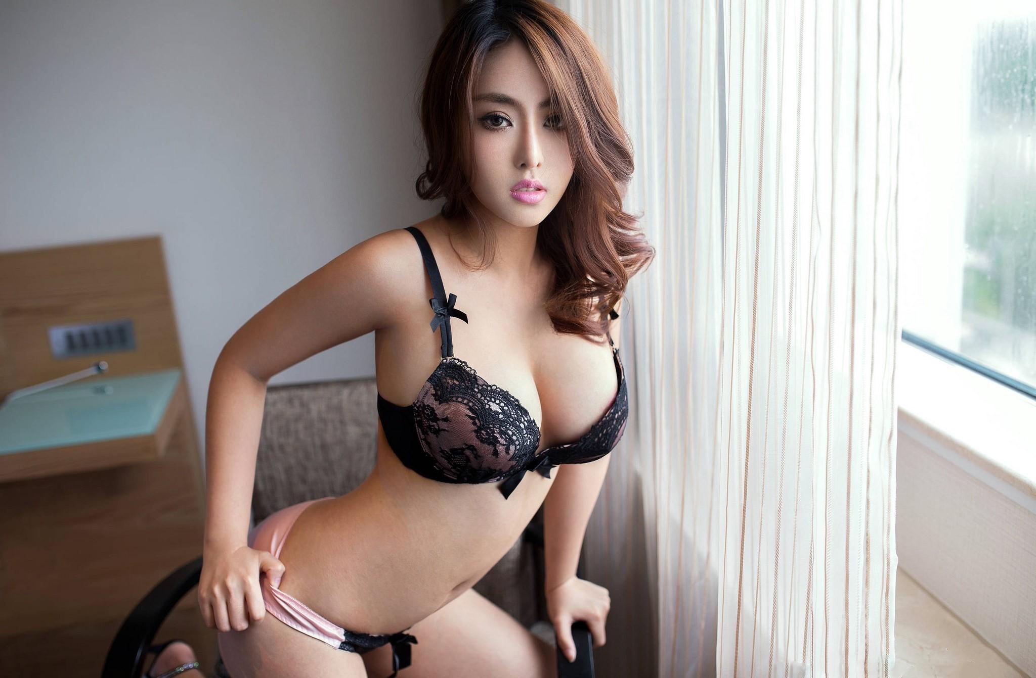 Фото корейских девушек с большой грудью