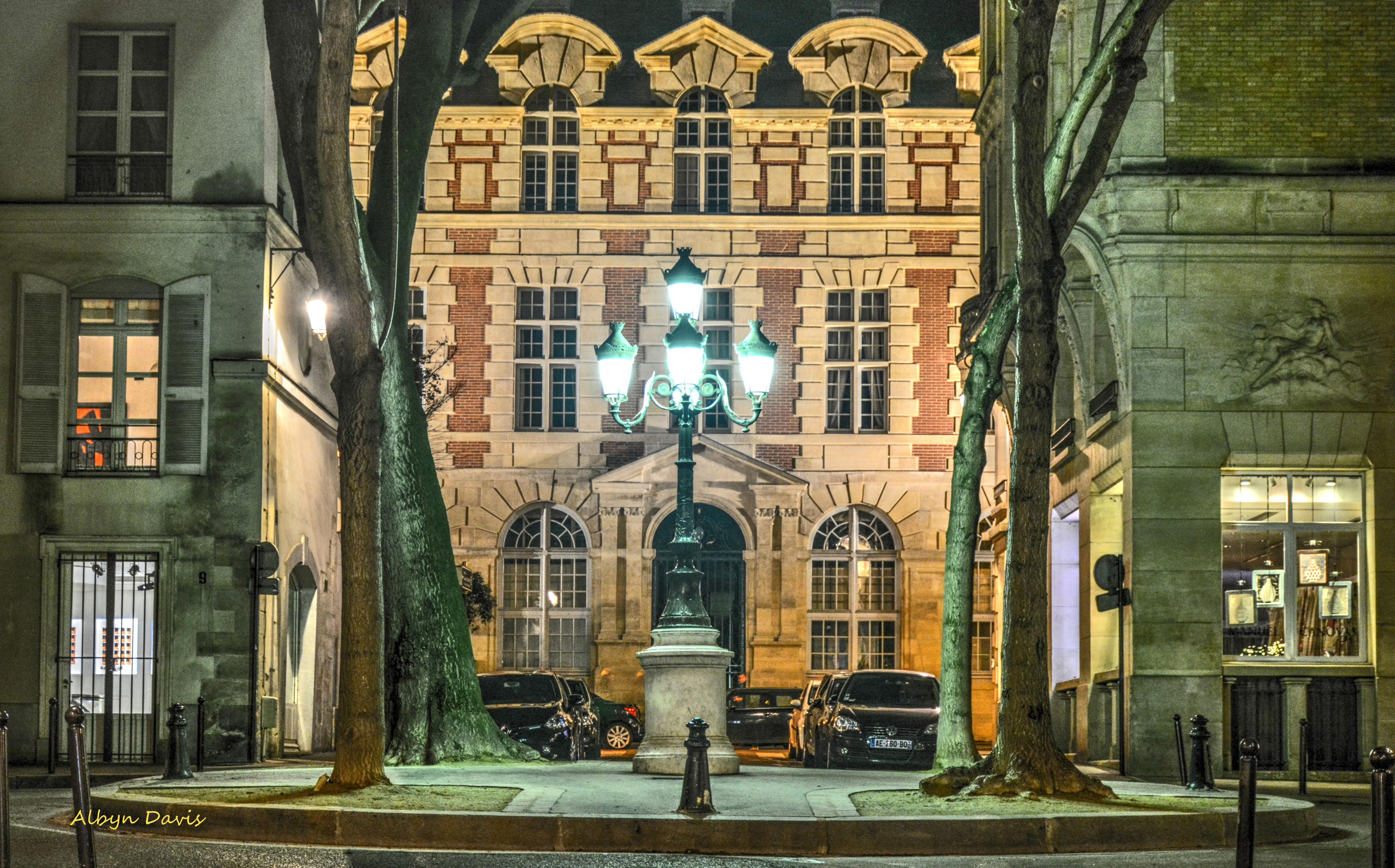 Fond D Ecran Fenetre Rue Nuit Architecture Batiment France L