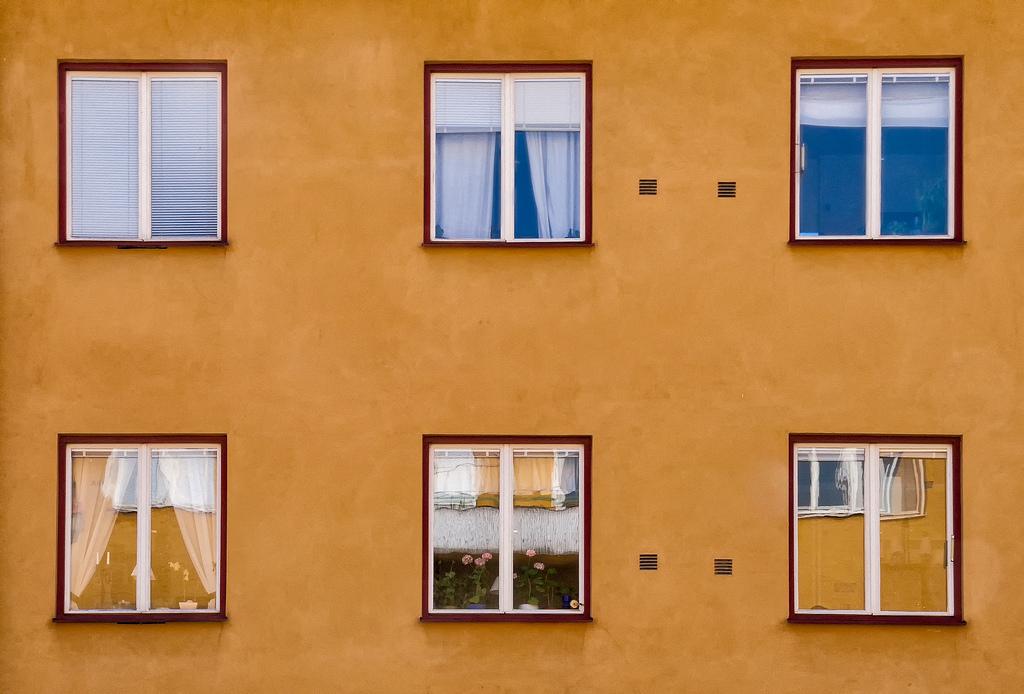 Fondos de pantalla ventana flores edificio reflexi n for Fenetre wallpaper