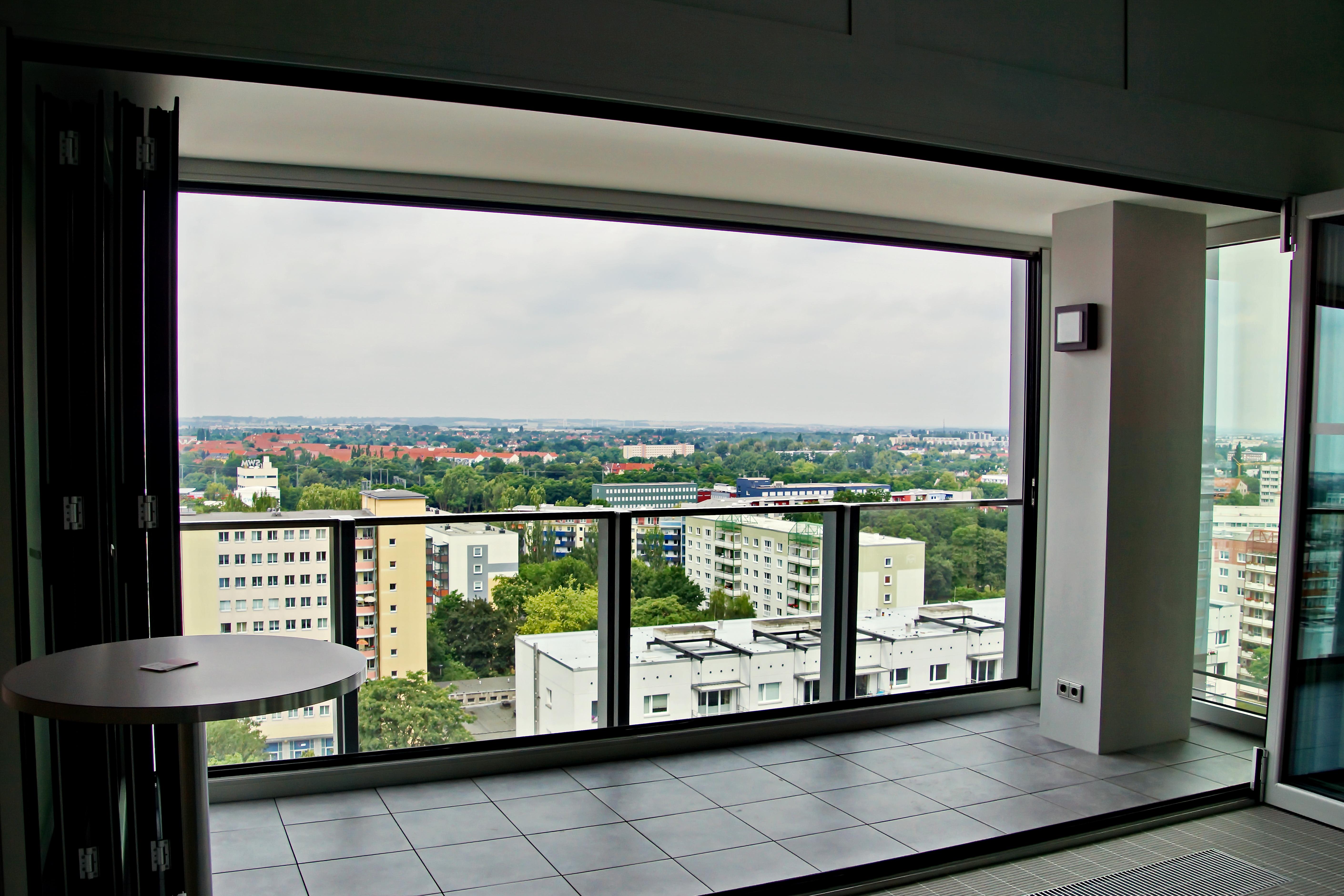 Fond d\'écran : fenêtre, maison, Allemagne, la tour, verre, porte ...