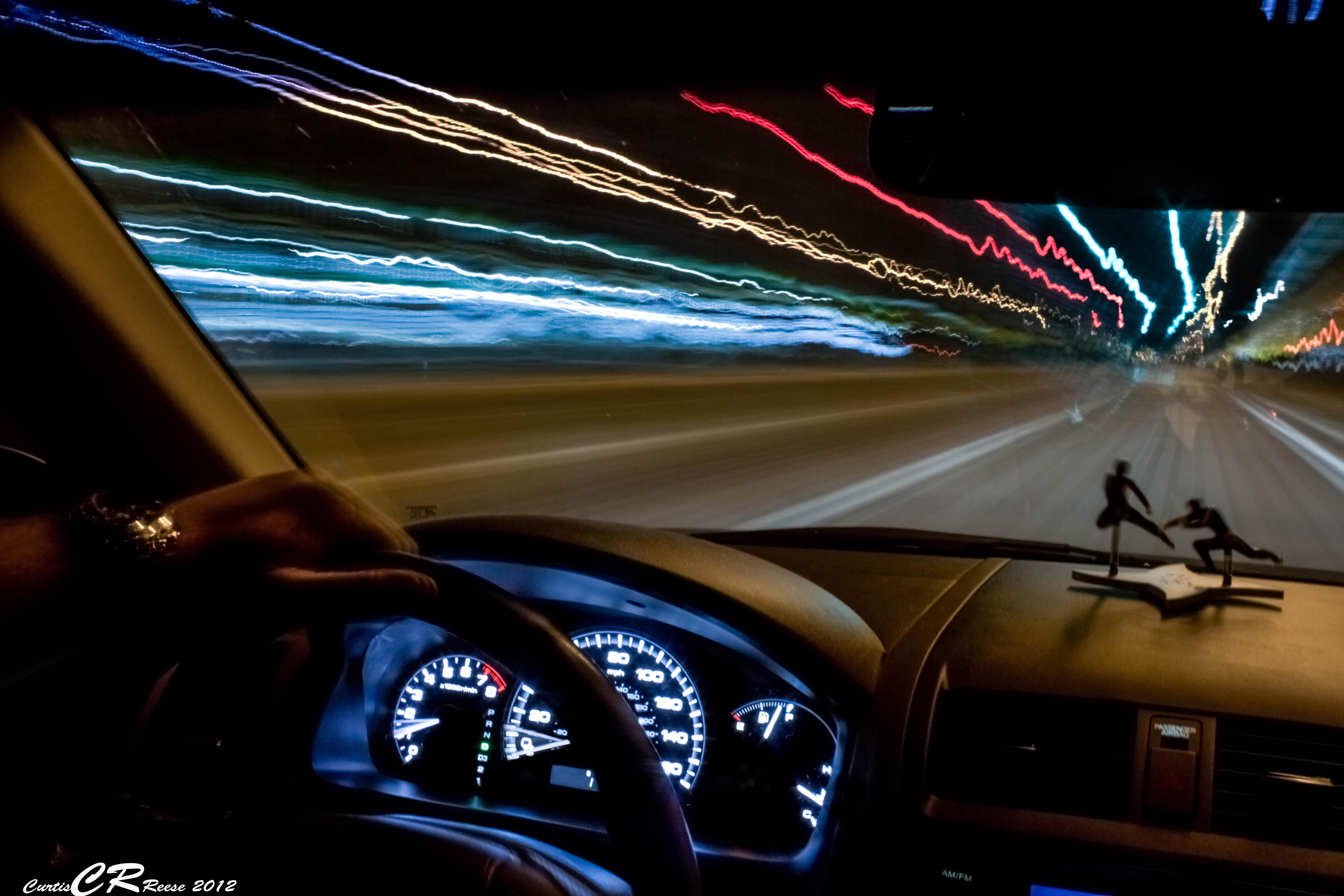 фото авто в движении салон суровость агитационных